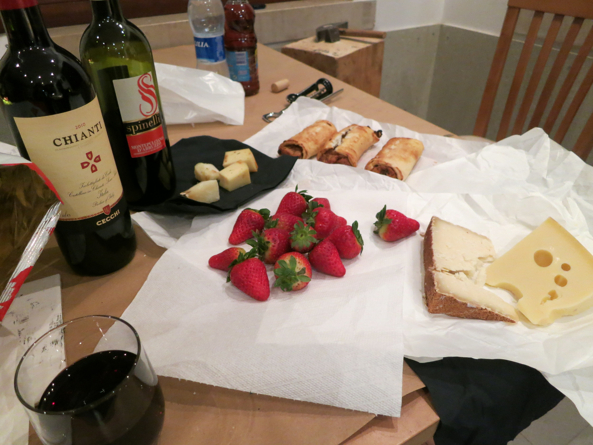 This is how we worked late at night: amazing Italian wine, fabulous cheese, fruit and pastries...and endless Bocelli or Vivaldi!