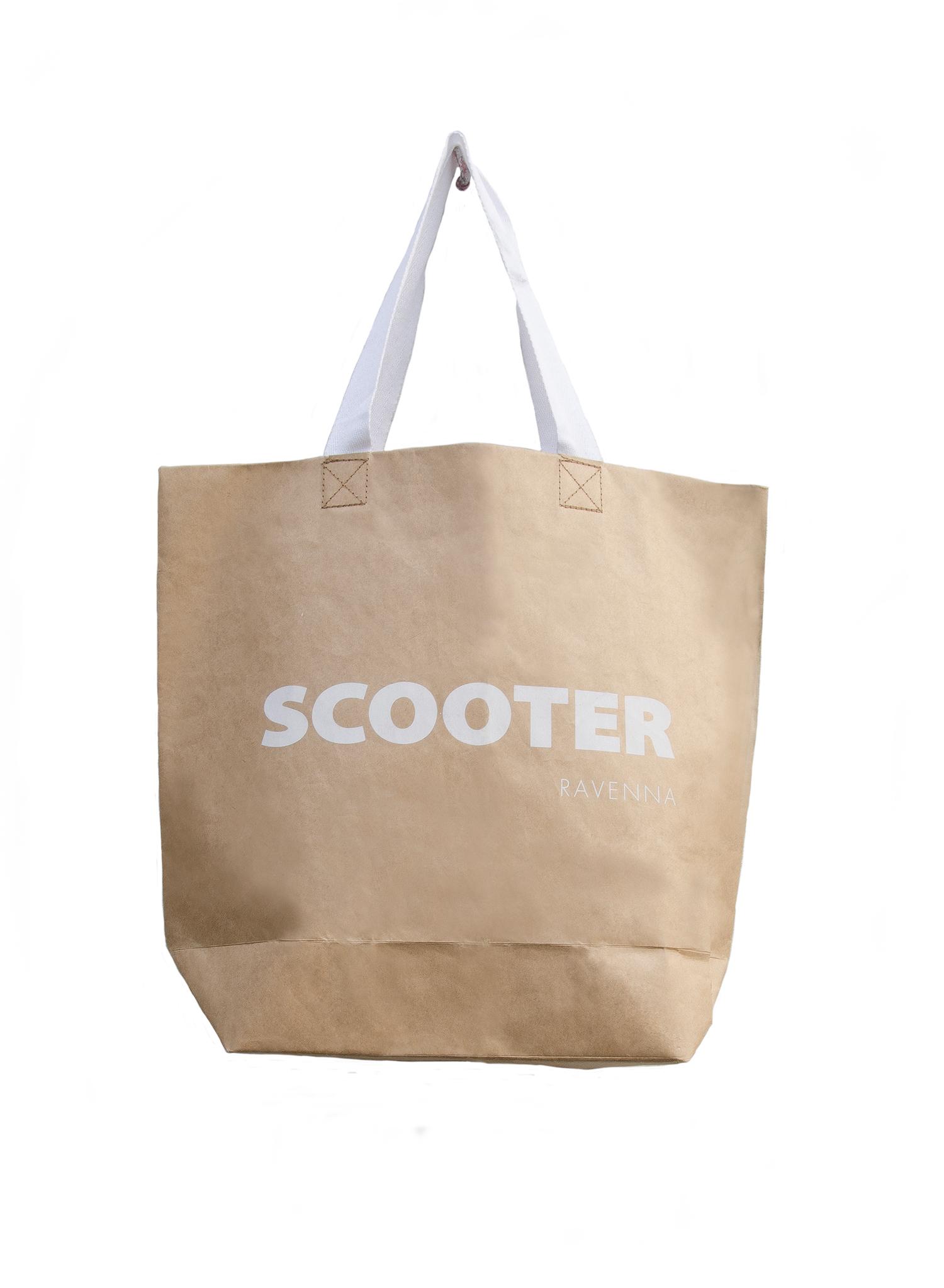 Trendy zijn de zogenaamde  '  cementbags' . Dit zijn tassen die gemaakt worden uit twee verschillende grammages kraft papier. Door hun dubbele laag, genieten ze een enorme stevigheid, waardoor deze papieren draagtassen nog een grotere herbruikbaarheid genieten.