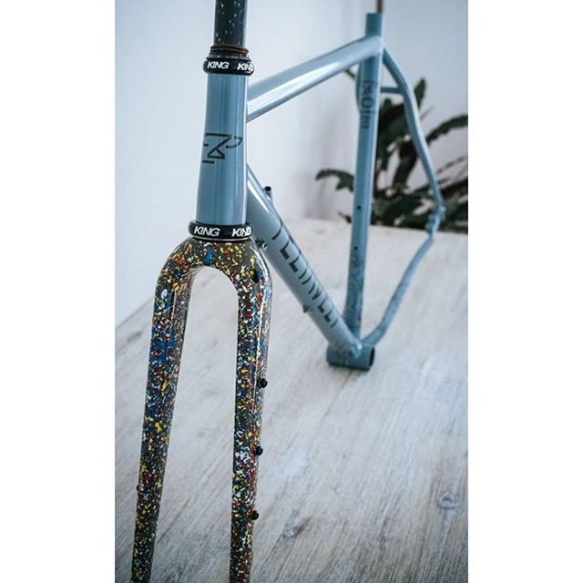 #Repost @vhurtubia • • • • • New bike day!!. I can't even believe that this really happened! I would like to thank to @teliaveli_cycles for making my dream come true 💕. This is definitely one of the finest frames I've ever owned!. @columbus_official tubing and @chriskingbuzz headset was just a dream that I always saw far away and now it's mine! I can't wait to build it and go for some off-road adventures.