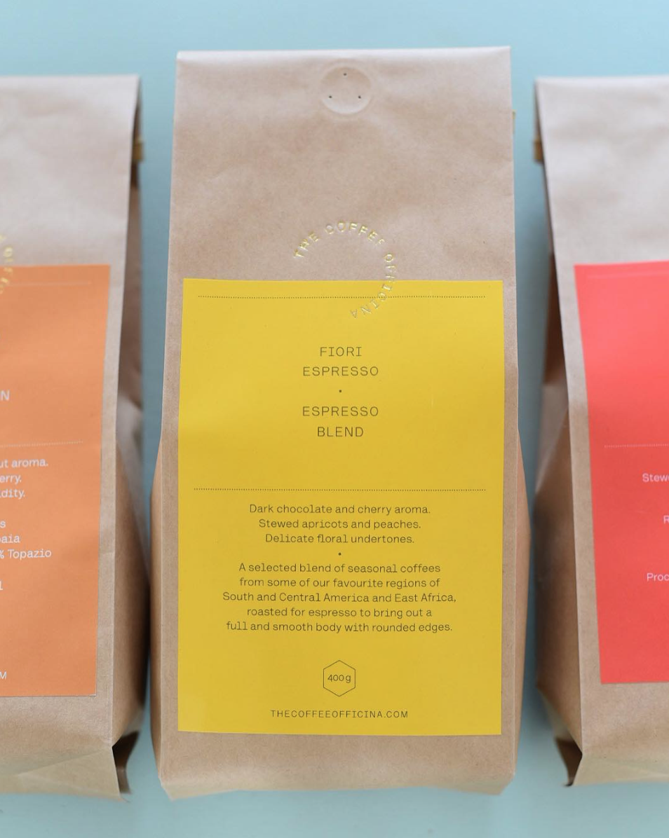 fiori espresso - Dark chocolate and cherry aroma.Stewed apricots and peaches.Delicate floral undertones.A selected blend of seasonal coffees from some of our favourite regions of South and Central America and East Africa,  roasted for espresso to bring out a full and smooth body with rounded edges.