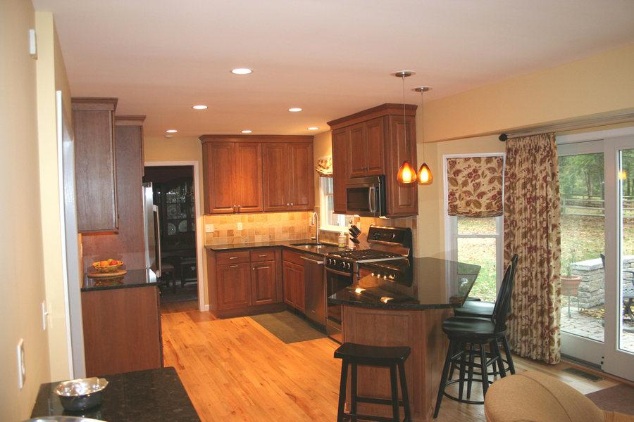 Traditional Pennington Kitchen Wood Floor Black Granite.jpg