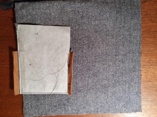 Schritt 3: Seitenteil aus Leder anbringen