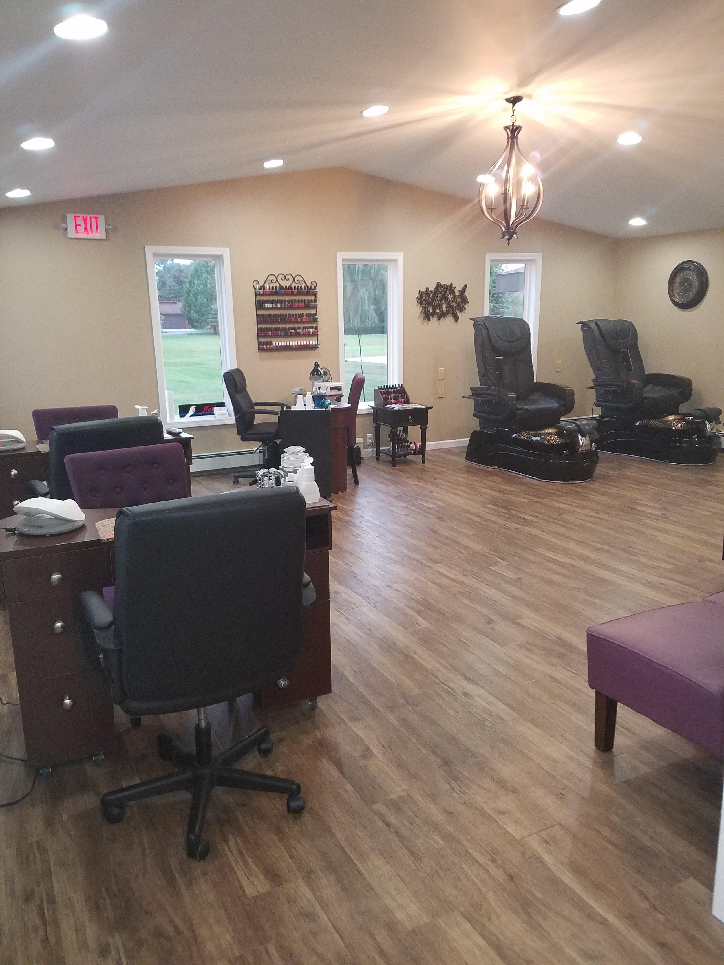 New Wave Hair Studio Nail Stations