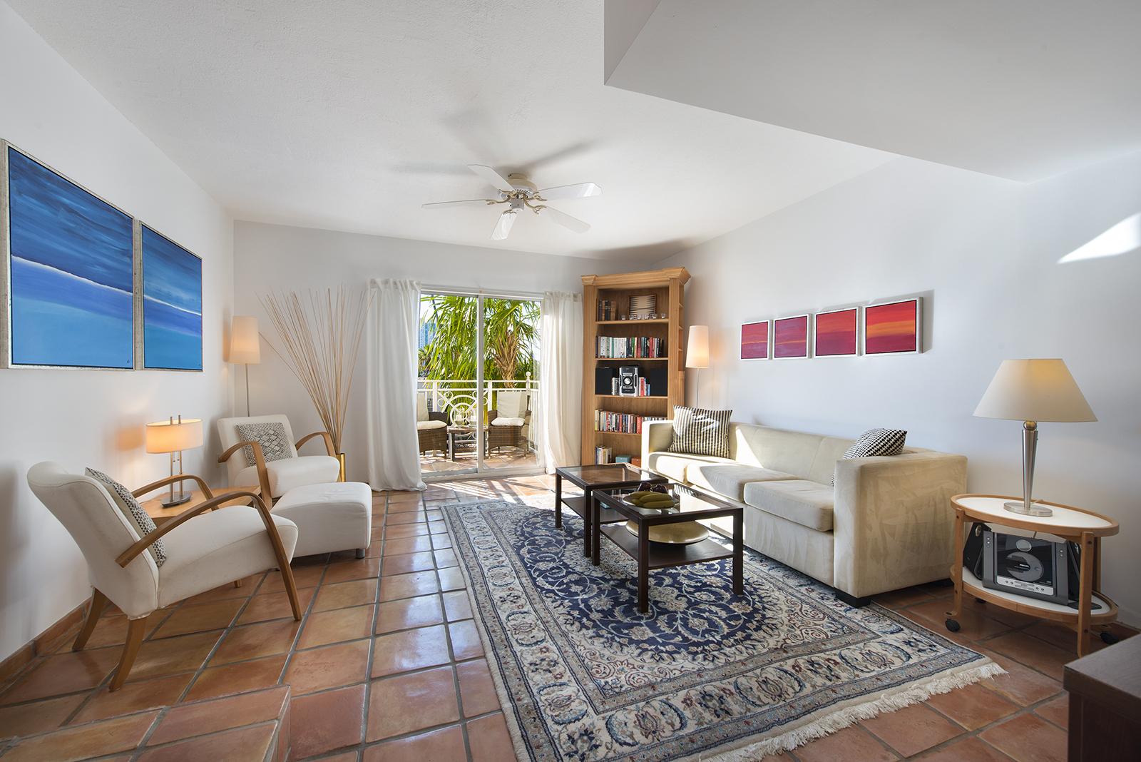 Villas at South Beach #222-02.jpg
