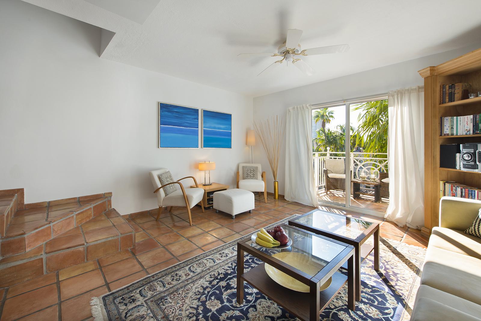 Villas at South Beach #222-03.jpg