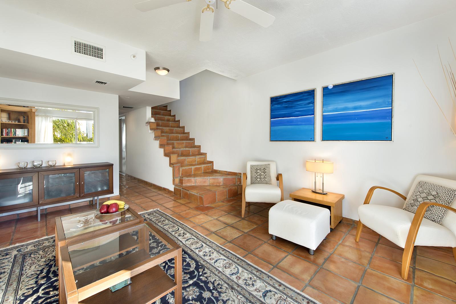 Villas at South Beach #222-06.jpg