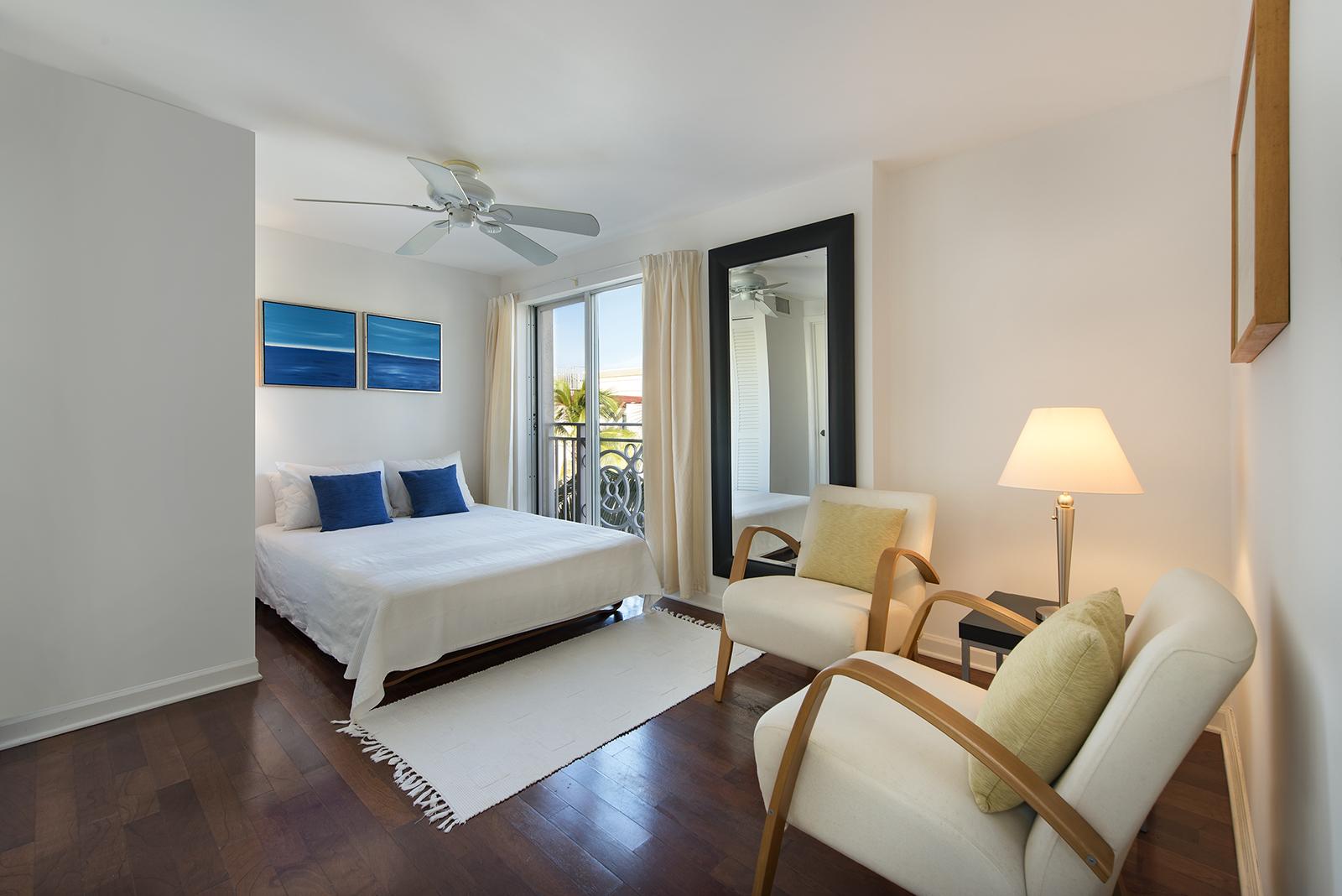 Villas at South Beach #222-10.jpg