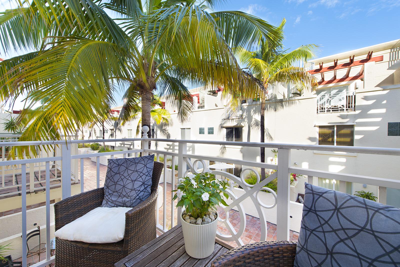 Villas at South Beach #222-09.jpg