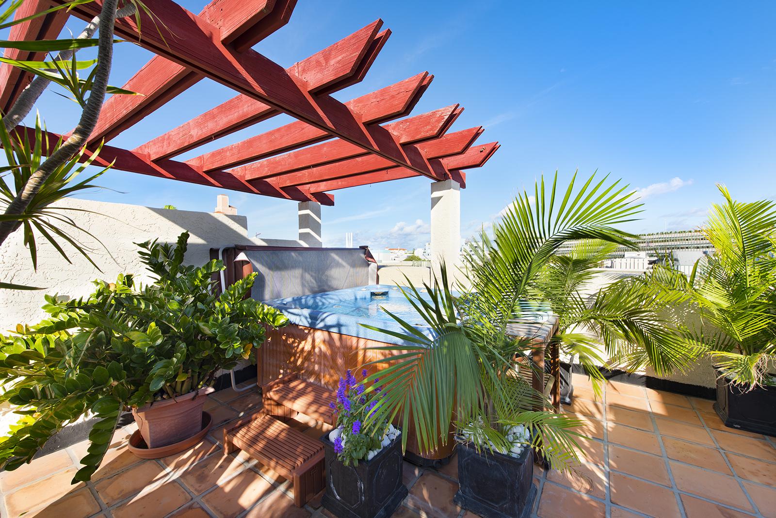 Villas at South Beach #222-14.jpg