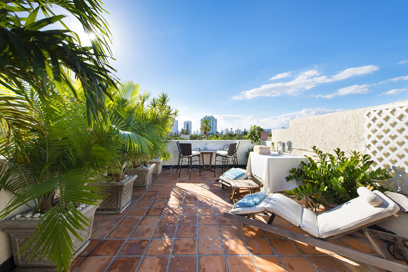 Villas at South Beach #222-16.jpg