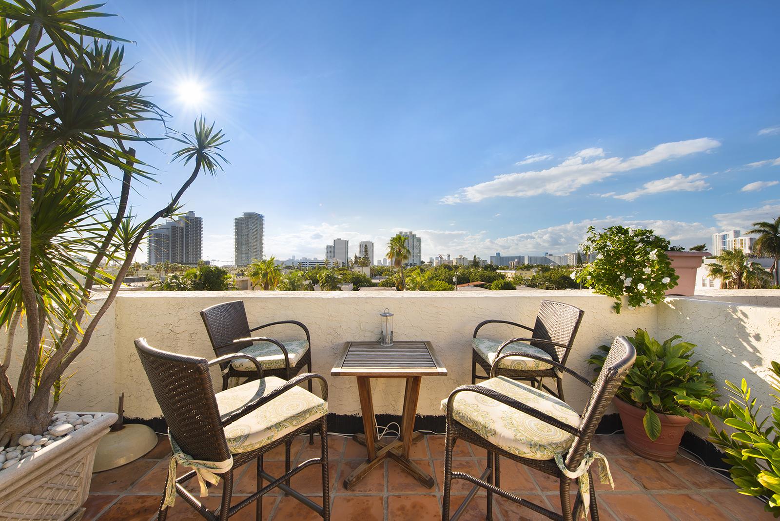 Villas at South Beach #222-17.jpg