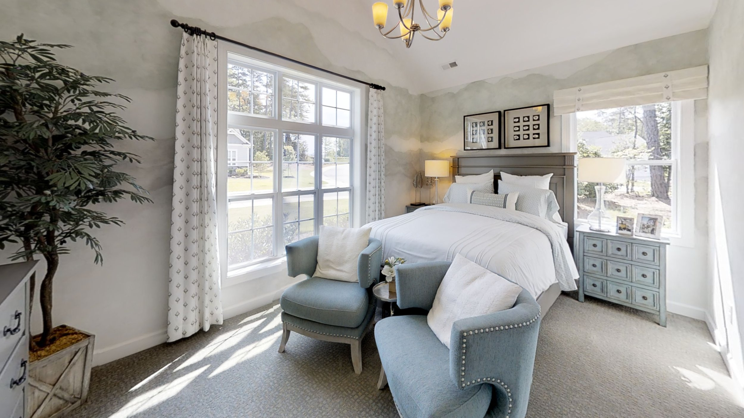 Wyndham-Bedroom.jpg