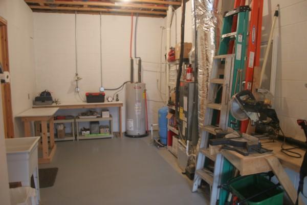 Workshop and storage.jpg