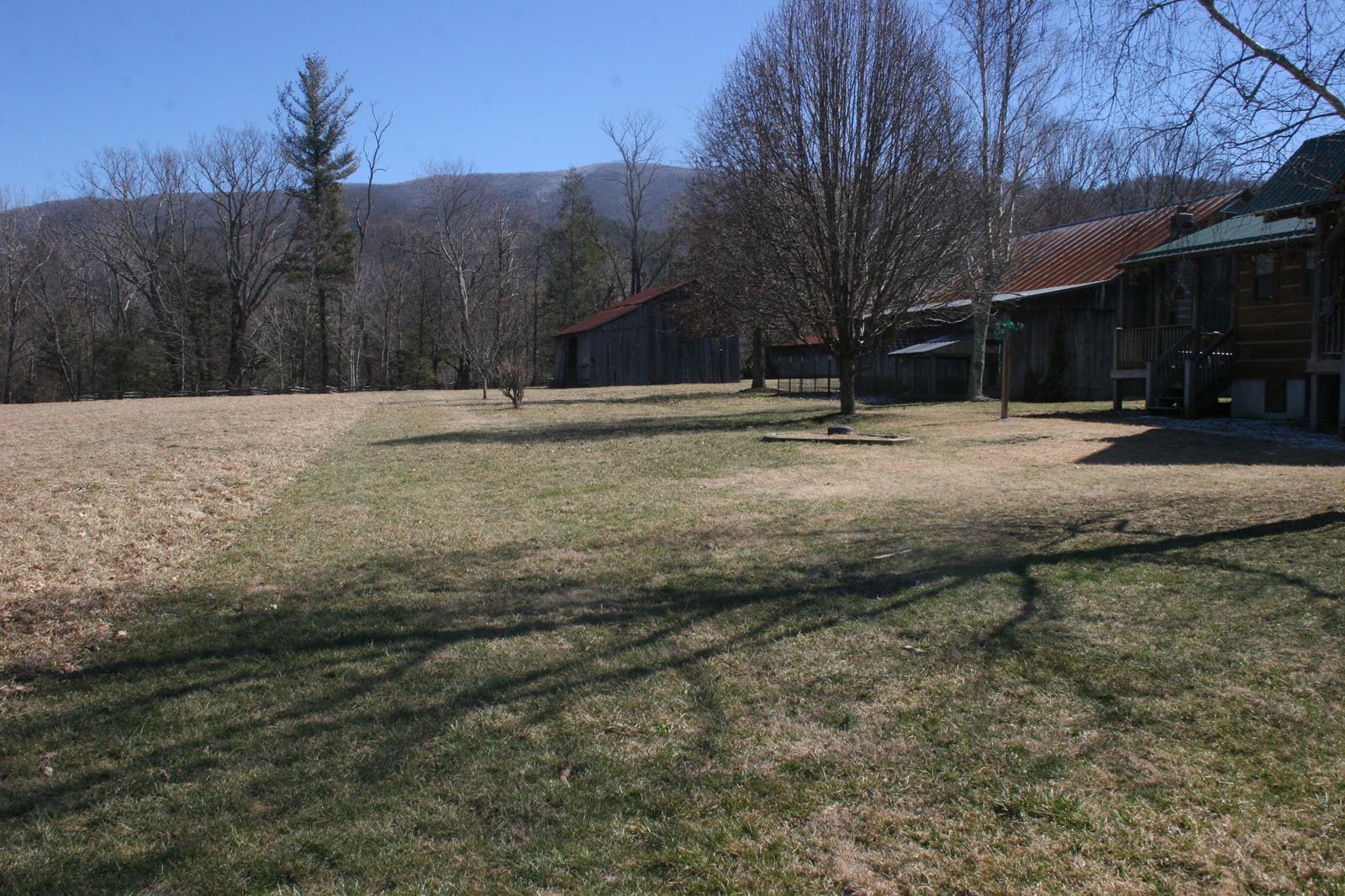 Boyd log house (1).JPG
