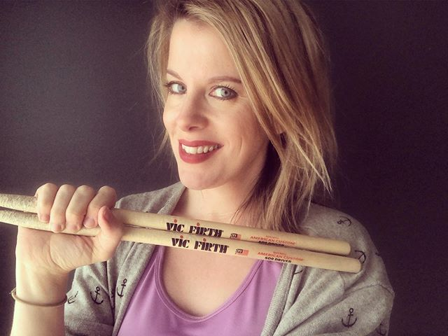#TBT to me looking slightly awkward trying to smile whilst holding my sticks just so... 😂 Anyone else feel their face becomes uncontrollable when in front of the camera?! #selfie #poser #awkward . . . #drums #drum #drummers #drummer #femaledrummer #femaledrummers #practice #drumming #drumlife #drumstagram #drummermama #drummermum #drumsdaily #womendrummers #bateria #baterista #mumswhodrum