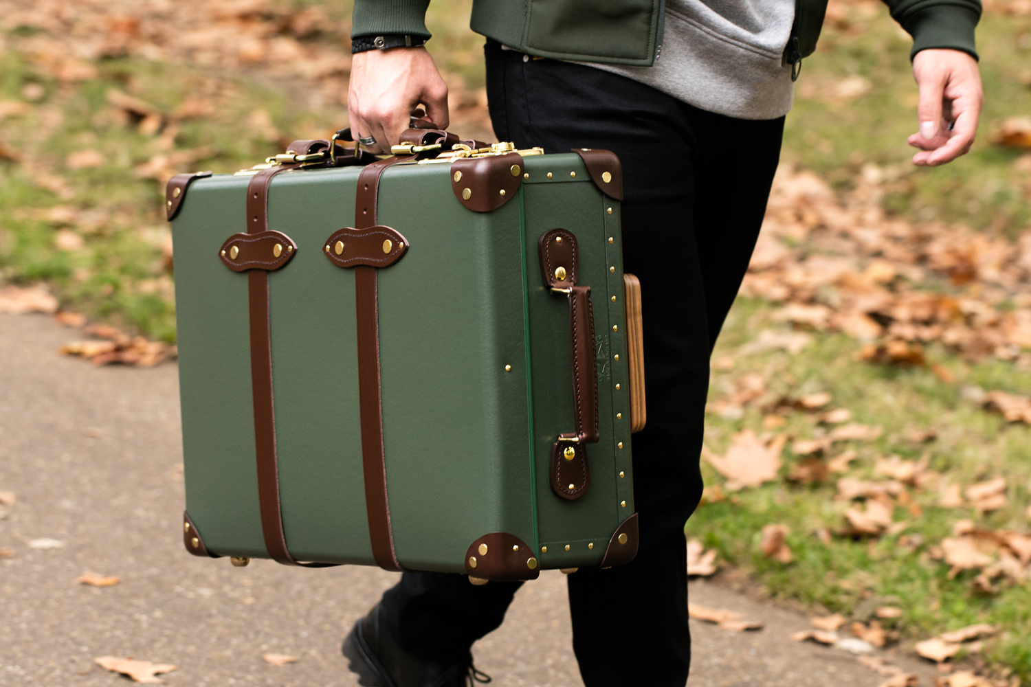 10-best-luggages-to-buy-right-now-1.jpeg