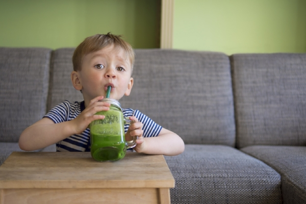 green-smoothie-kids.jpg