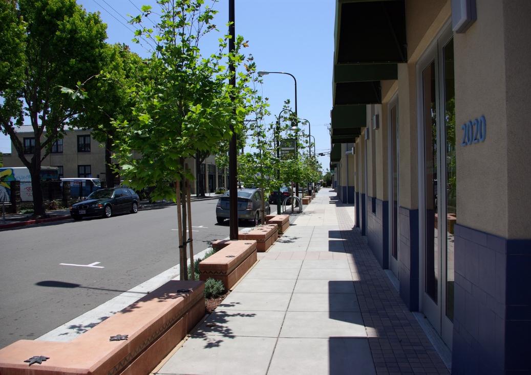 Sidewalk_View.jpg