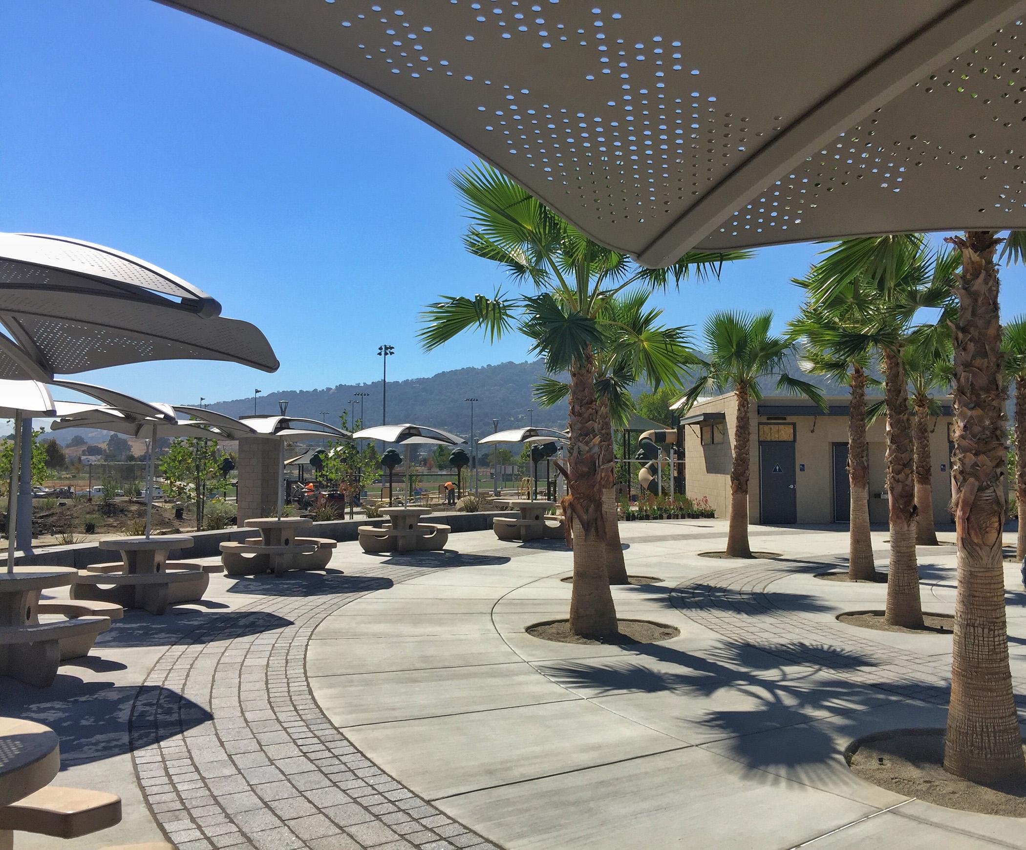 Plaza Table Palms Restroom Closer-web.jpg
