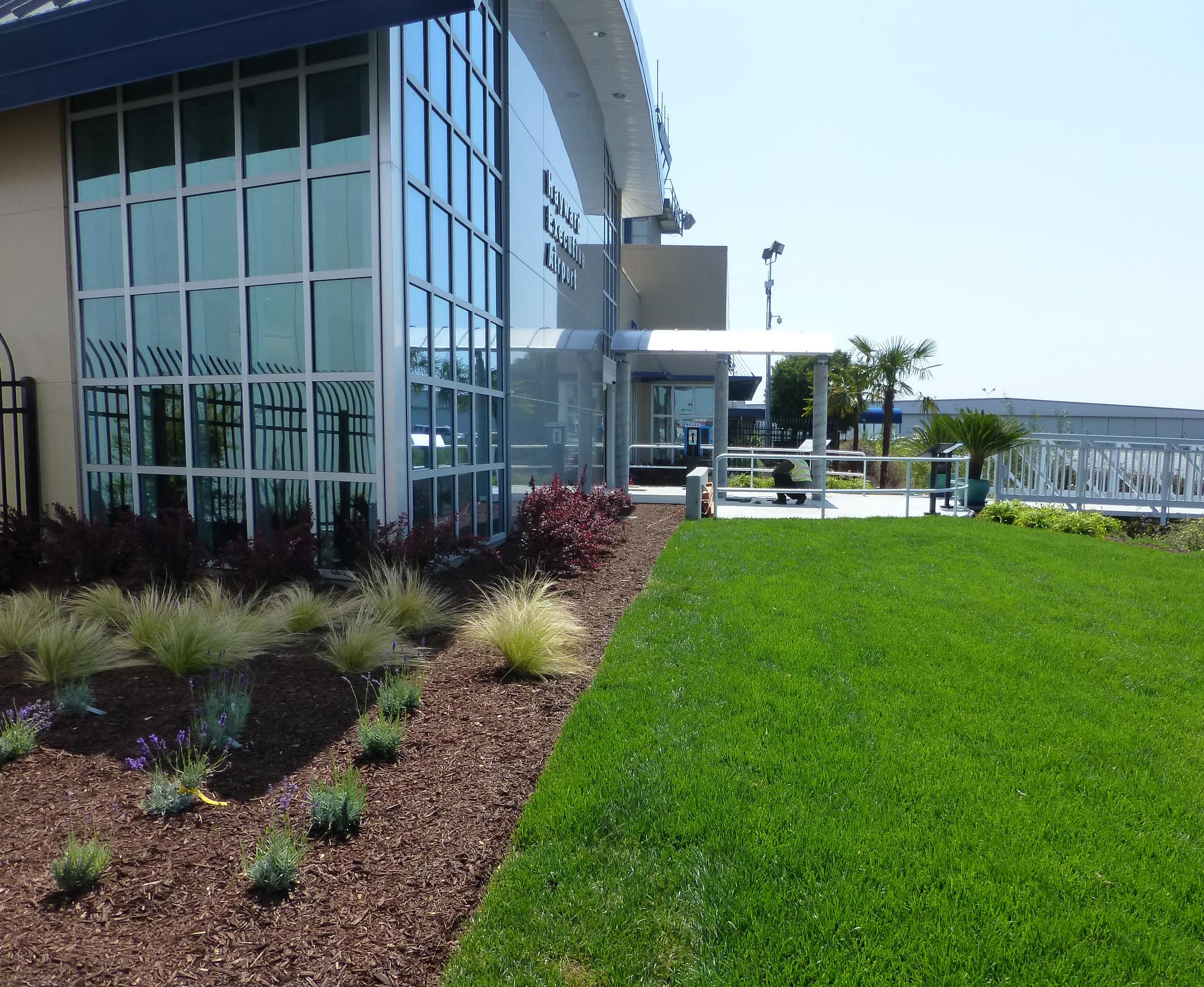 Hayward Airport.JPG