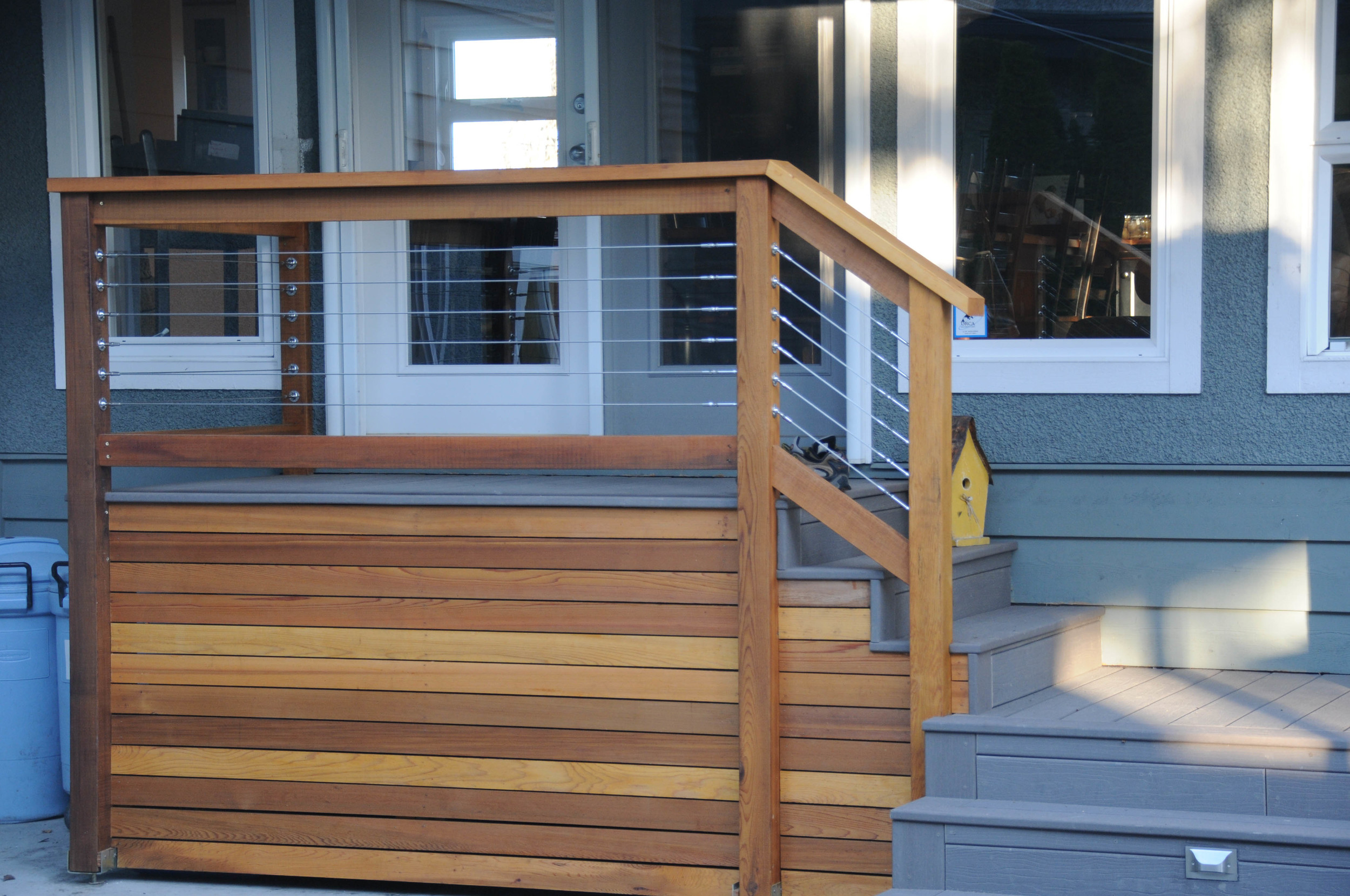 Red Cedar Fence & Stainless Steel Cable Railing