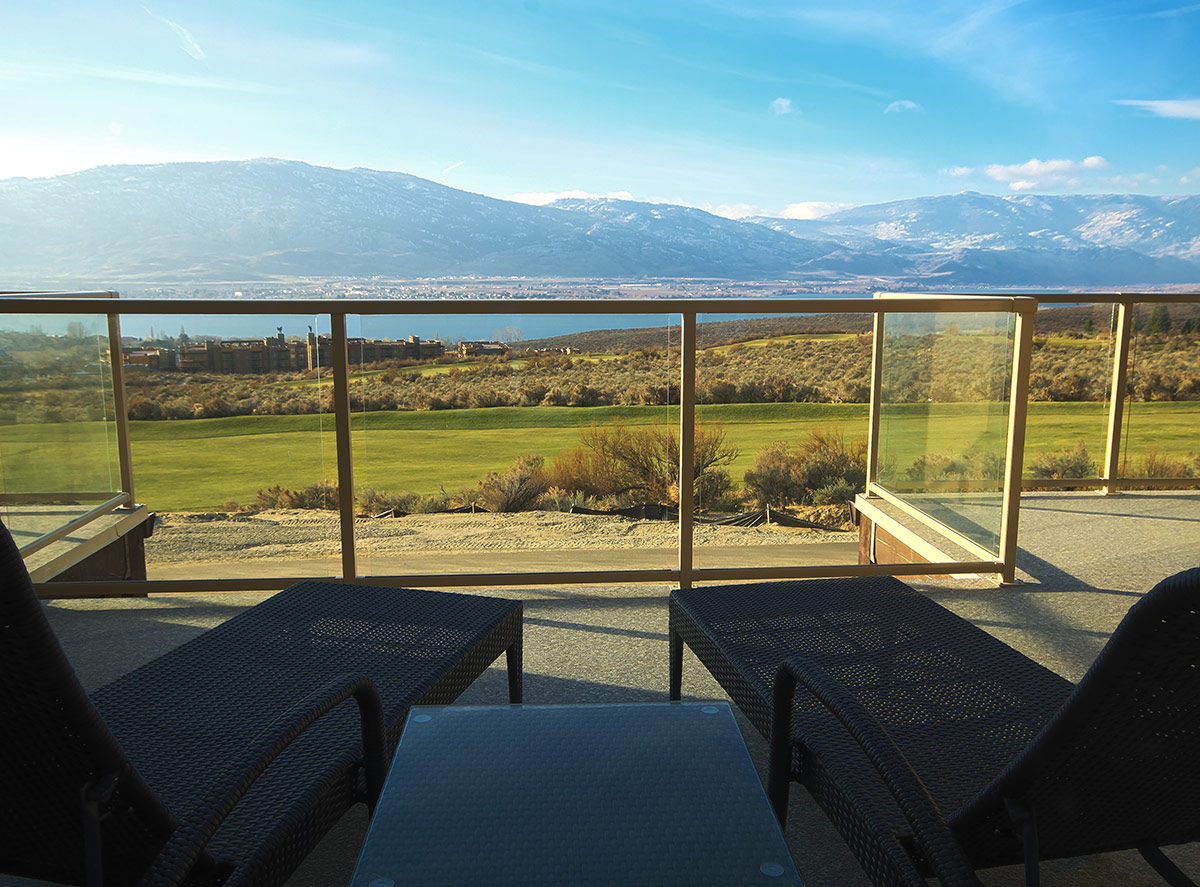 residences-spirit-ridge-patio
