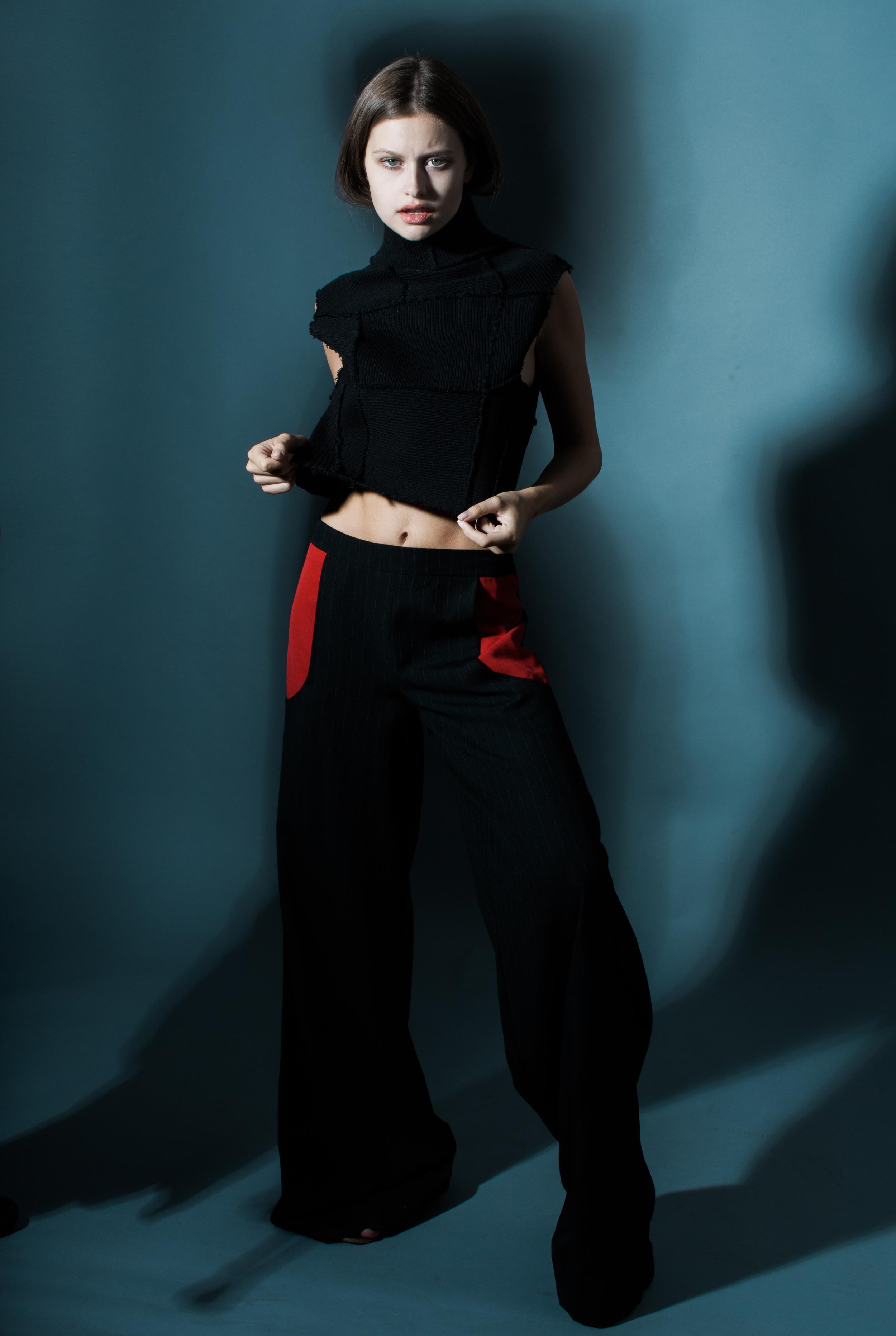 model LEXI WOOD   photographer BONNIE NICHOALDS   featured designer  XJAFINE   styled by NIK