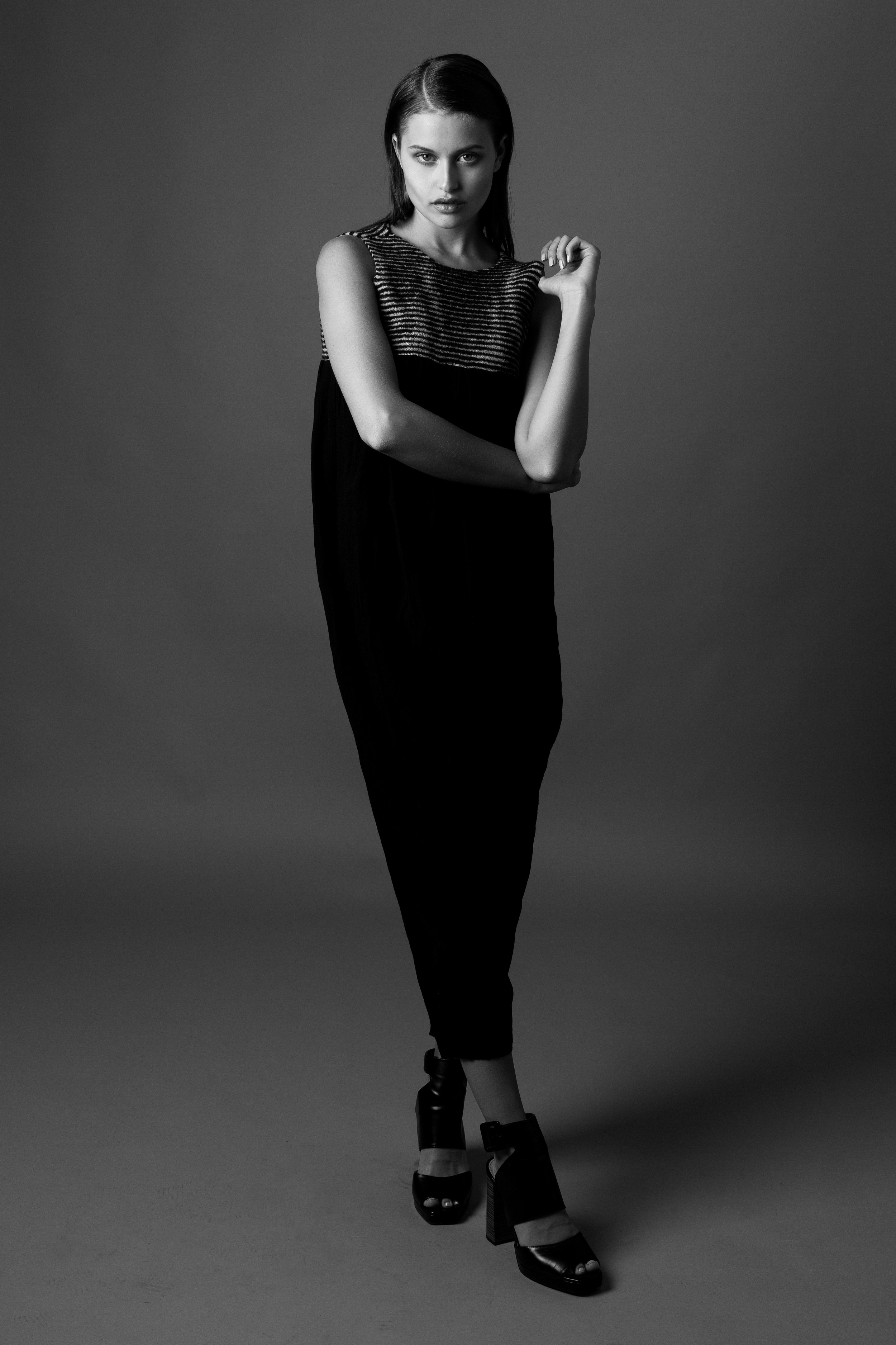 model LEXI WOOD   photographer BONNIE NICHOALDS   styled by NIK