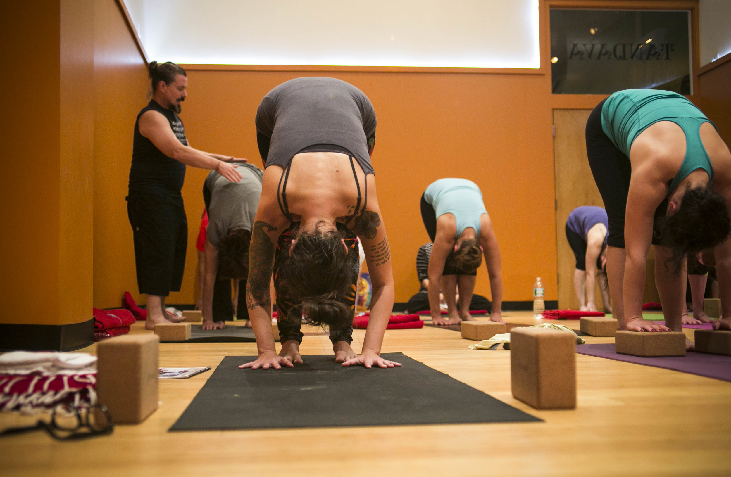 Yoga-Yiva-EditAfterLR-1-3.jpg
