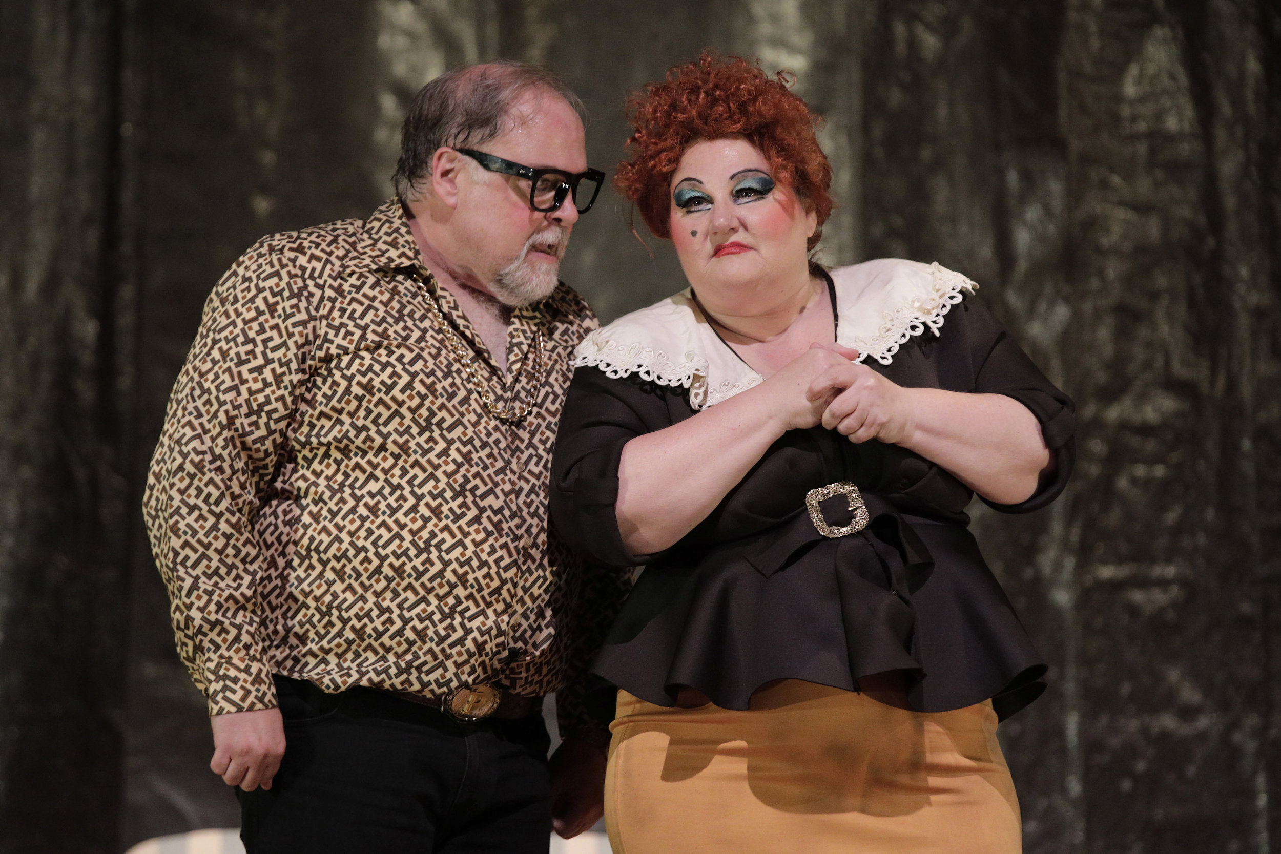 Mr. Peachum (Jonathan Spencer) and Mrs. Peachum (Catherine Cook) in West Edge Opera's production of The Threepenny Opera