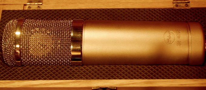 My beloved Peluso 2247se. As you may have gathered from the video series, Peluso Microphone Lab (www.pelusomicrophonelab.com) has been kind enough to support what we're doing here. Because of that, we generally have an exciting assortment of what I consider to be the best damn microphones being made these days.