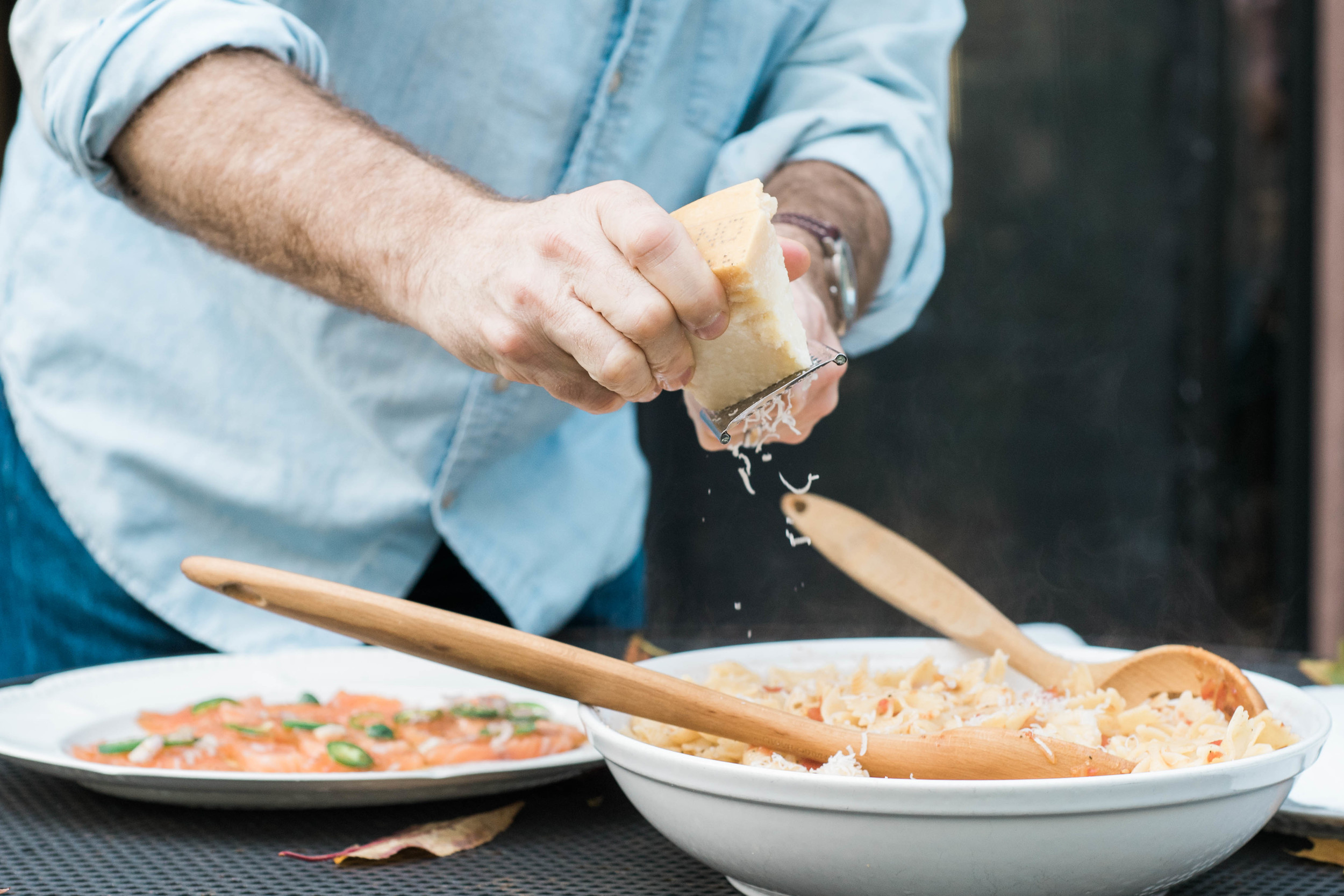 Doesn't that Parmesan falling just make your mouth water?!