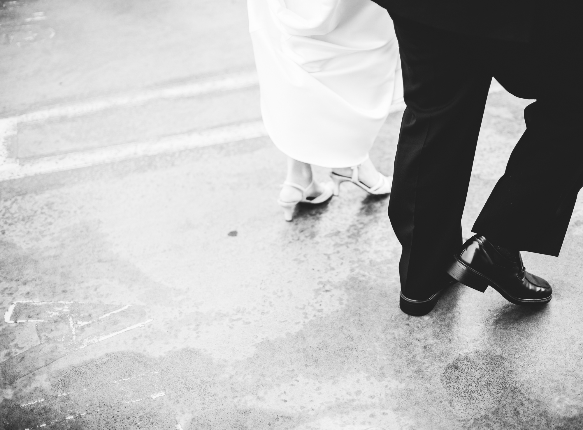 ©Isaiah & Taylor Photography - Destination Wedding Photographers - Downtown Los Angeles Parking Lot Rooftop Wedding-014.jpg