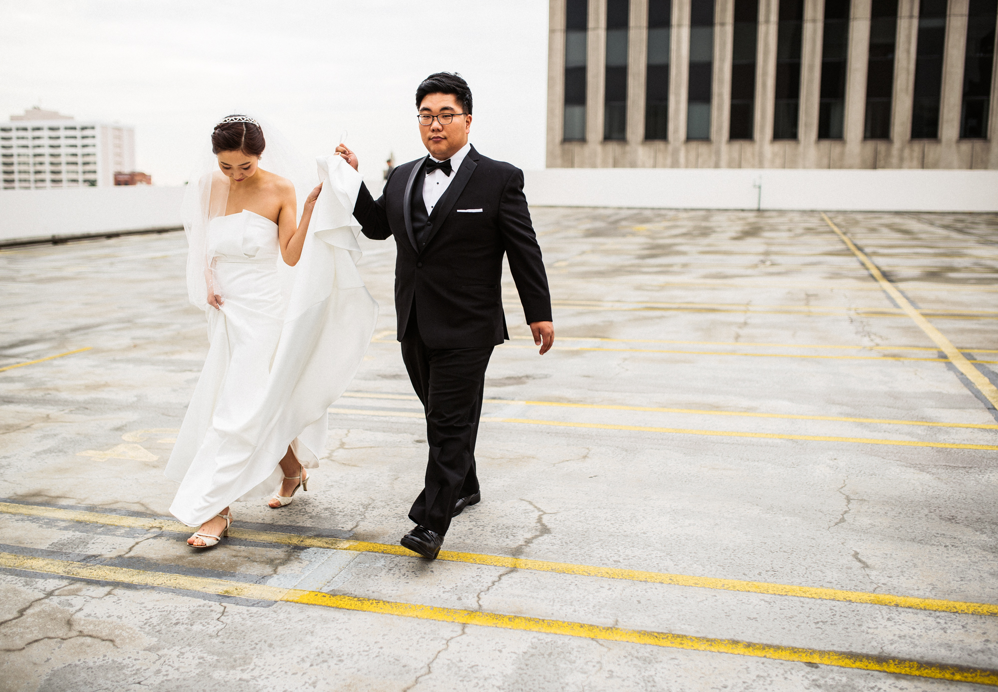 ©Isaiah & Taylor Photography - Destination Wedding Photographers - Downtown Los Angeles Parking Lot Rooftop Wedding-011.jpg