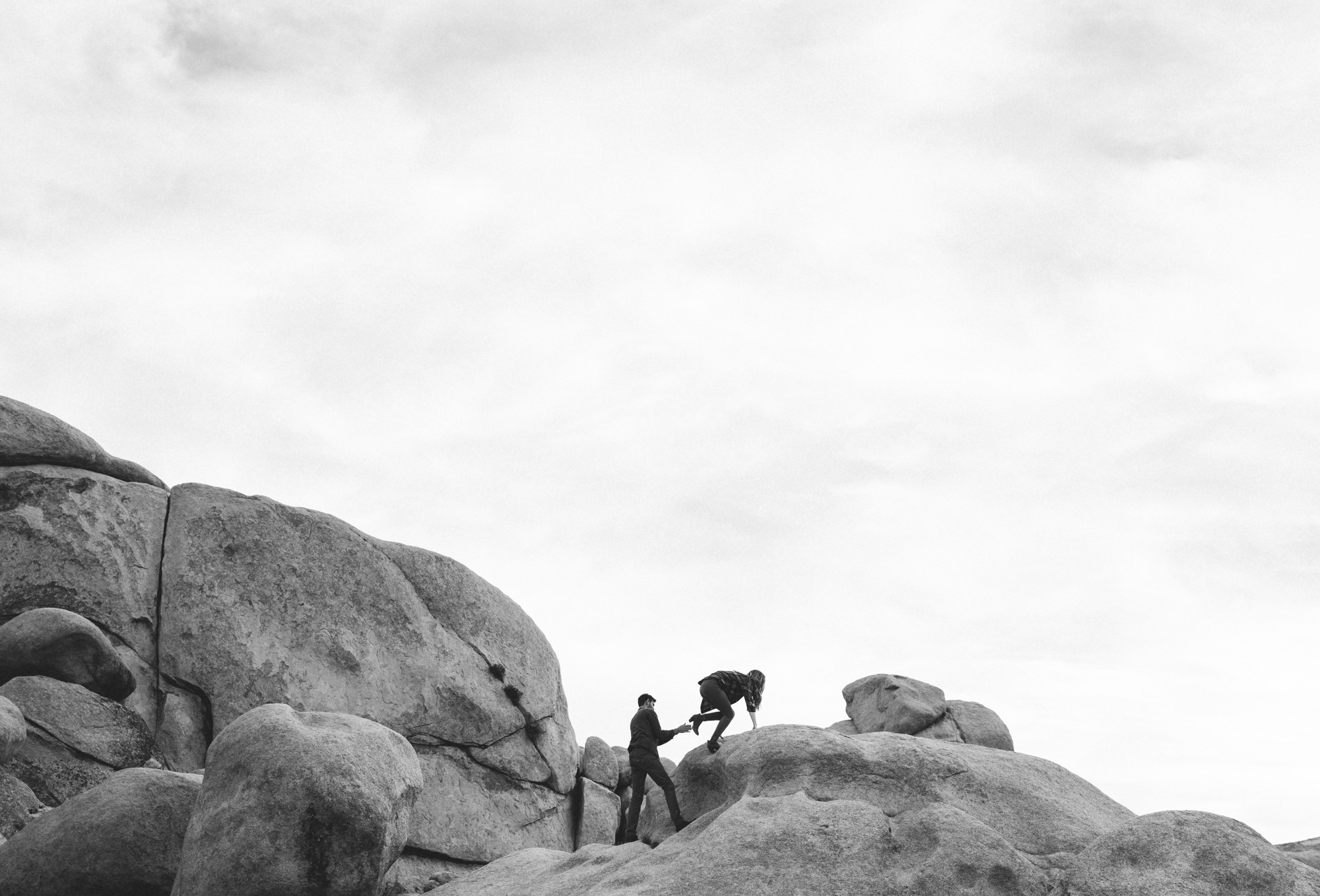 ©Isaiah & Taylor Photography - Destination Wedding Photographers - Joshua Tree, California Adventure Engagement-020.jpg