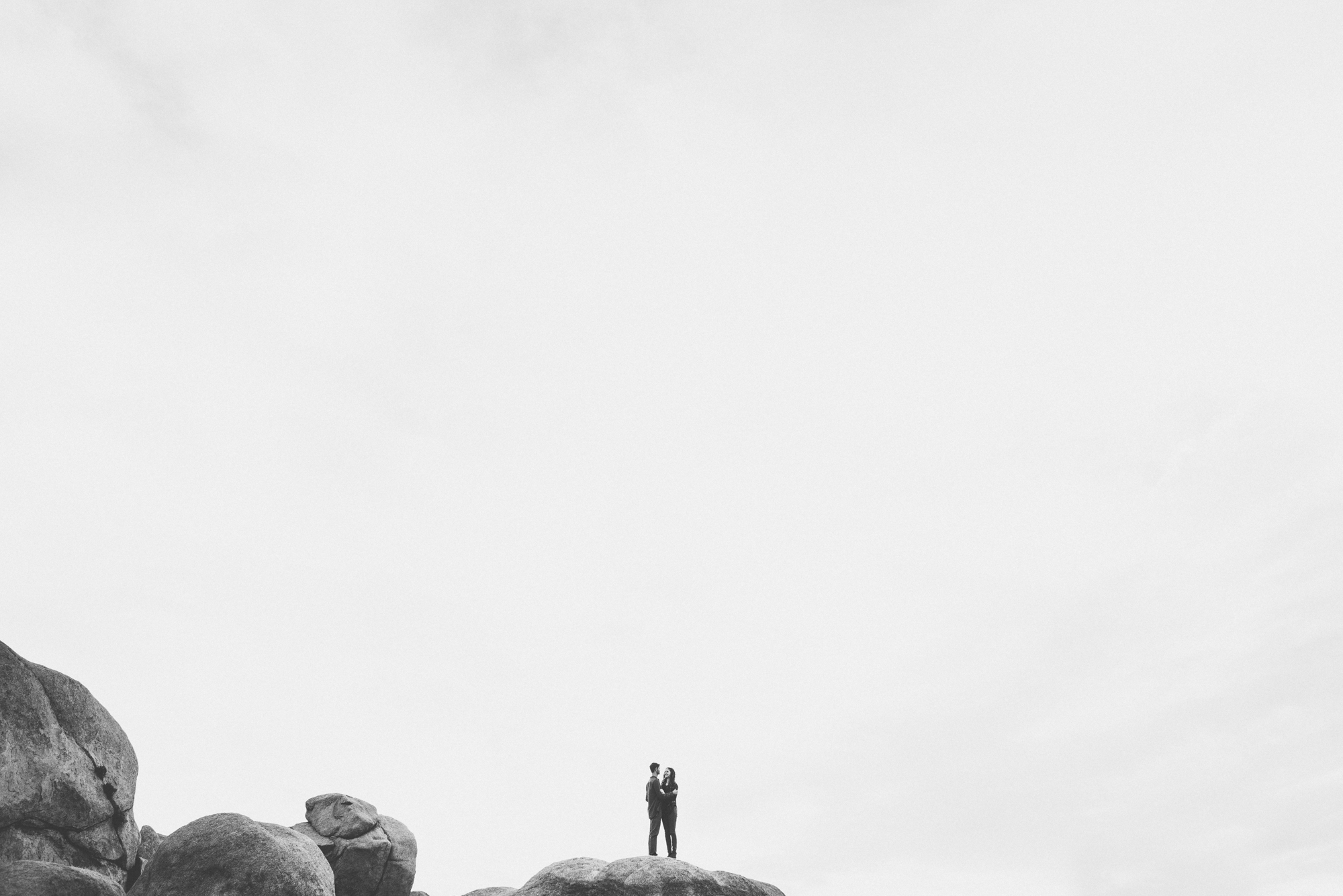 ©Isaiah & Taylor Photography - Destination Wedding Photographers - Joshua Tree, California Adventure Engagement-024.jpg