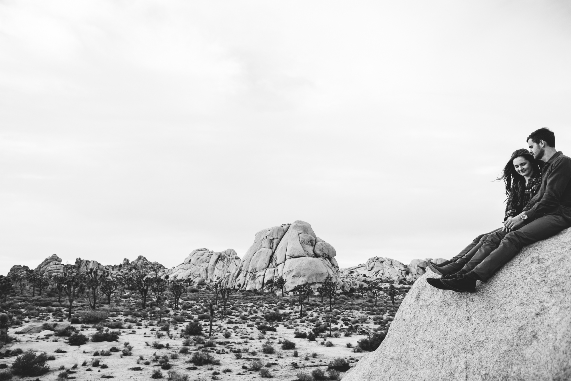 ©Isaiah & Taylor Photography - Destination Wedding Photographers - Joshua Tree, California Adventure Engagement-035.jpg
