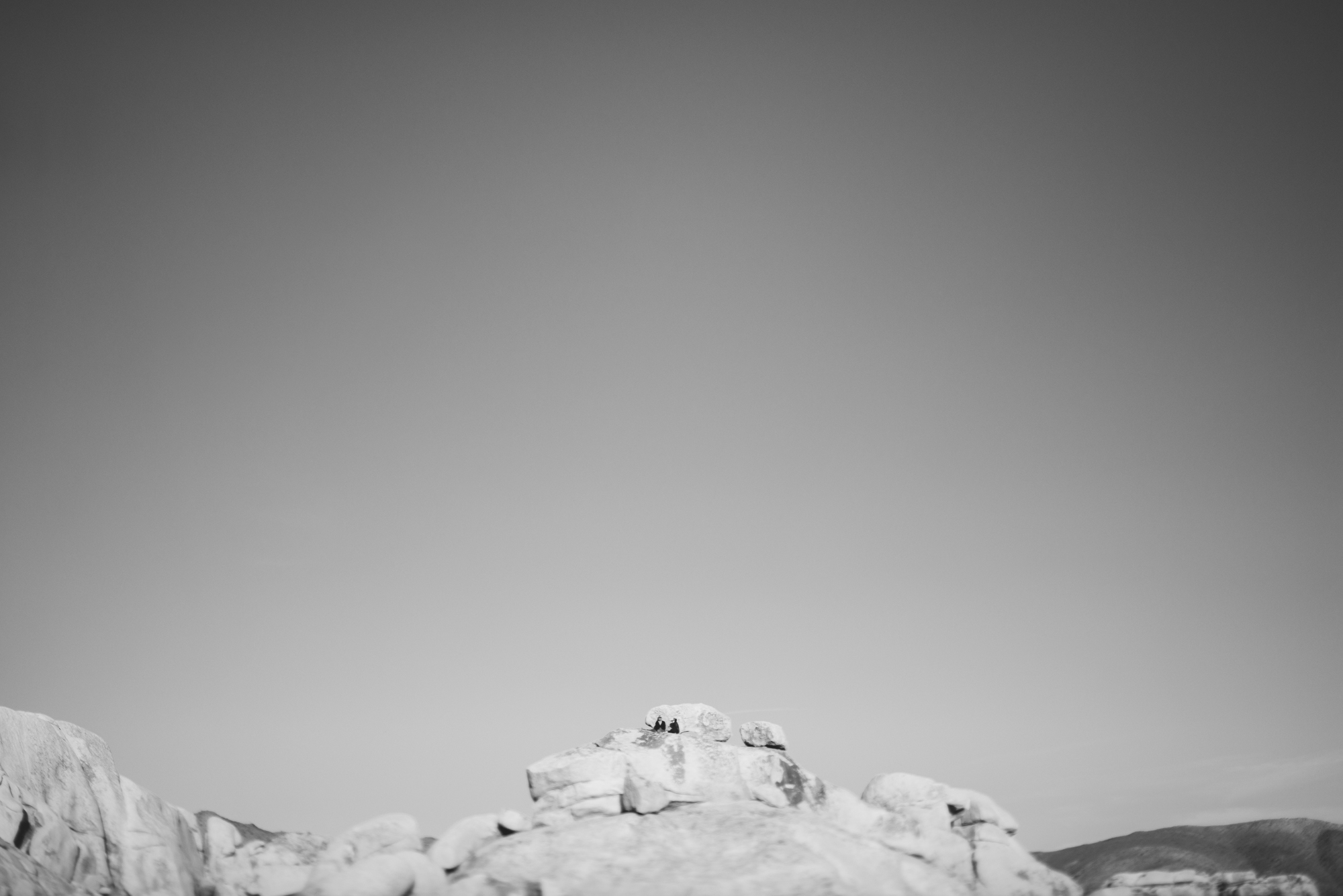 ©Isaiah & Taylor Photography - Destination Wedding Photographers - Joshua Tree, California Adventure Engagement-037.jpg