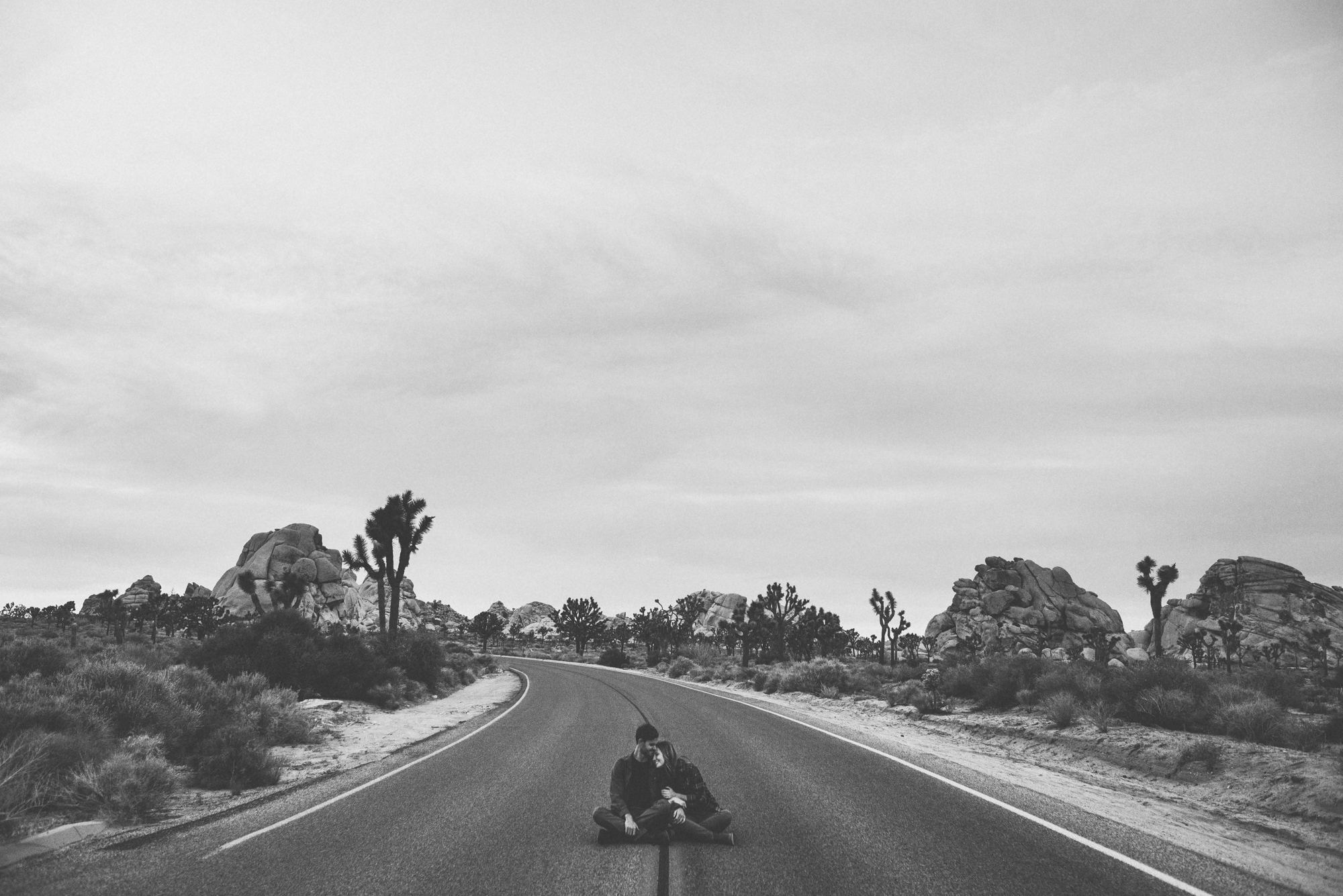 ©Isaiah & Taylor Photography - Destination Wedding Photographers - Joshua Tree, California Adventure Engagement-040.jpg