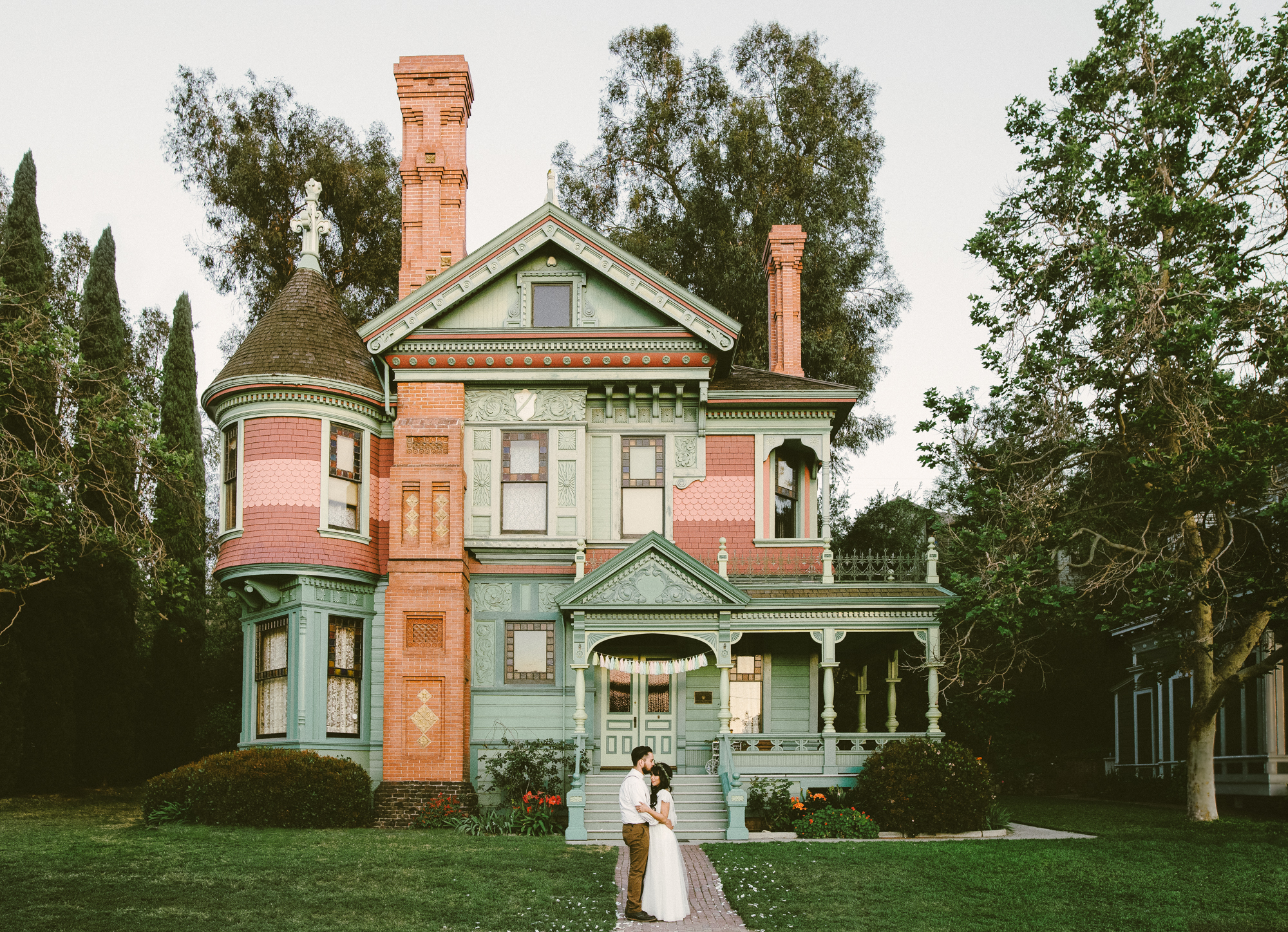Isaiah & Taylor Photography - Los Angeles - Destination Wedding Photographers - Heritage Square Museum -73.jpg