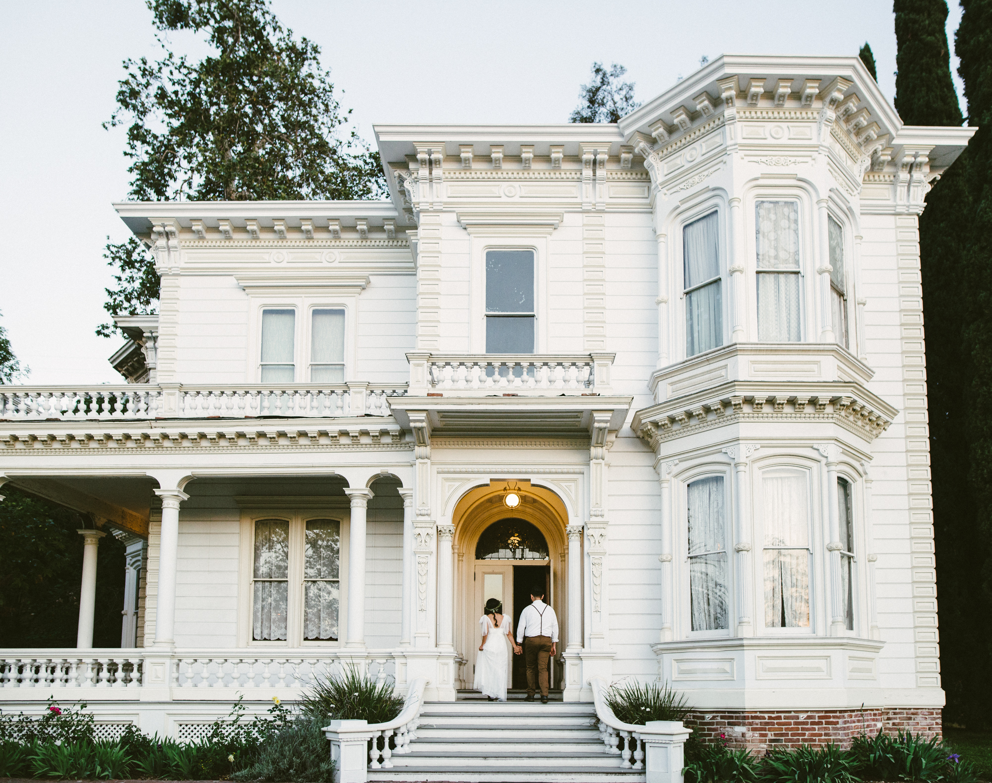 Isaiah & Taylor Photography - Los Angeles - Destination Wedding Photographers - Heritage Square Museum -77.jpg