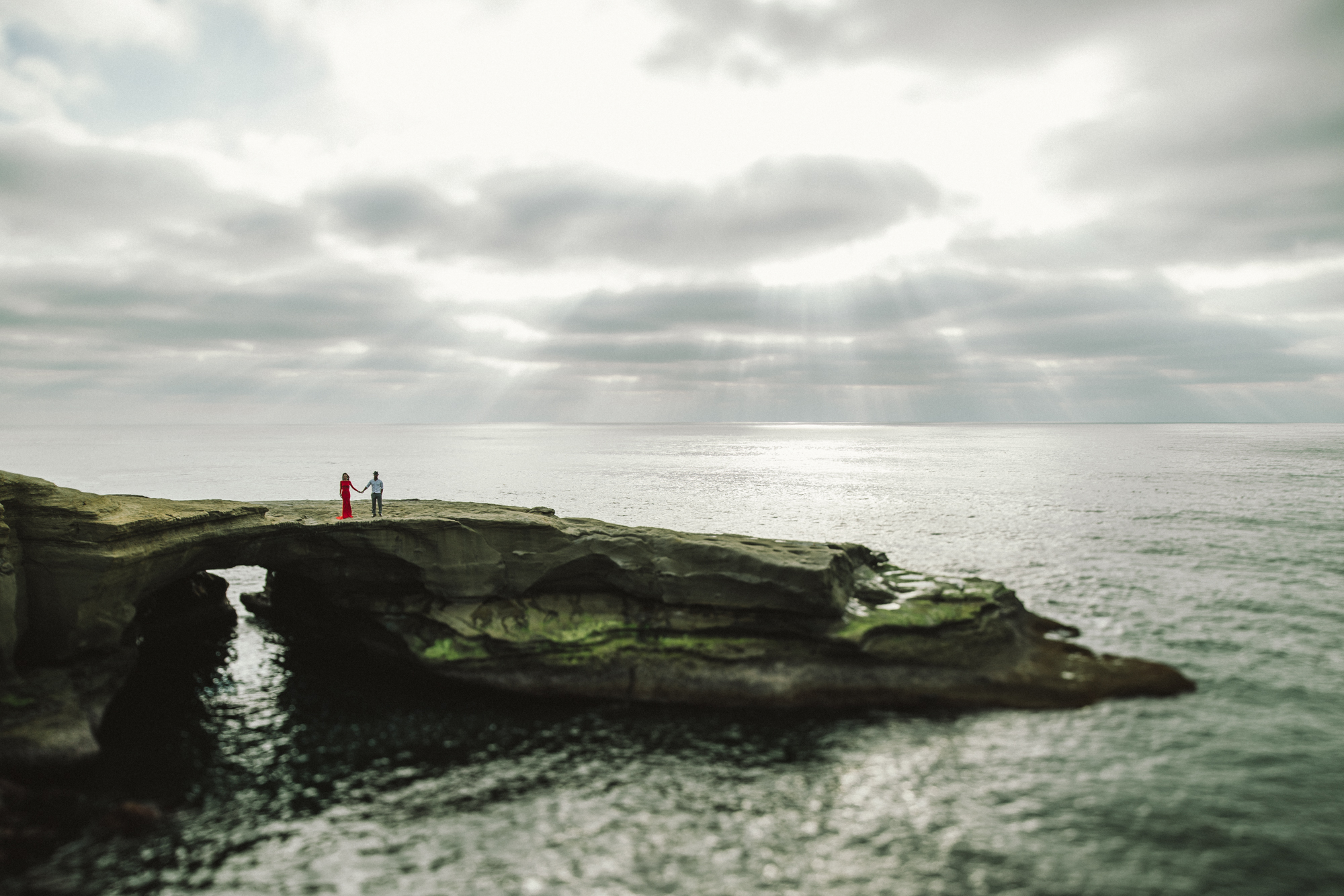 Isaiah & Taylor Photography - Los Angeles - Destination Wedding Photographers - San Diego Sunset Cliffs Beach Adventure Engagement-12.jpg