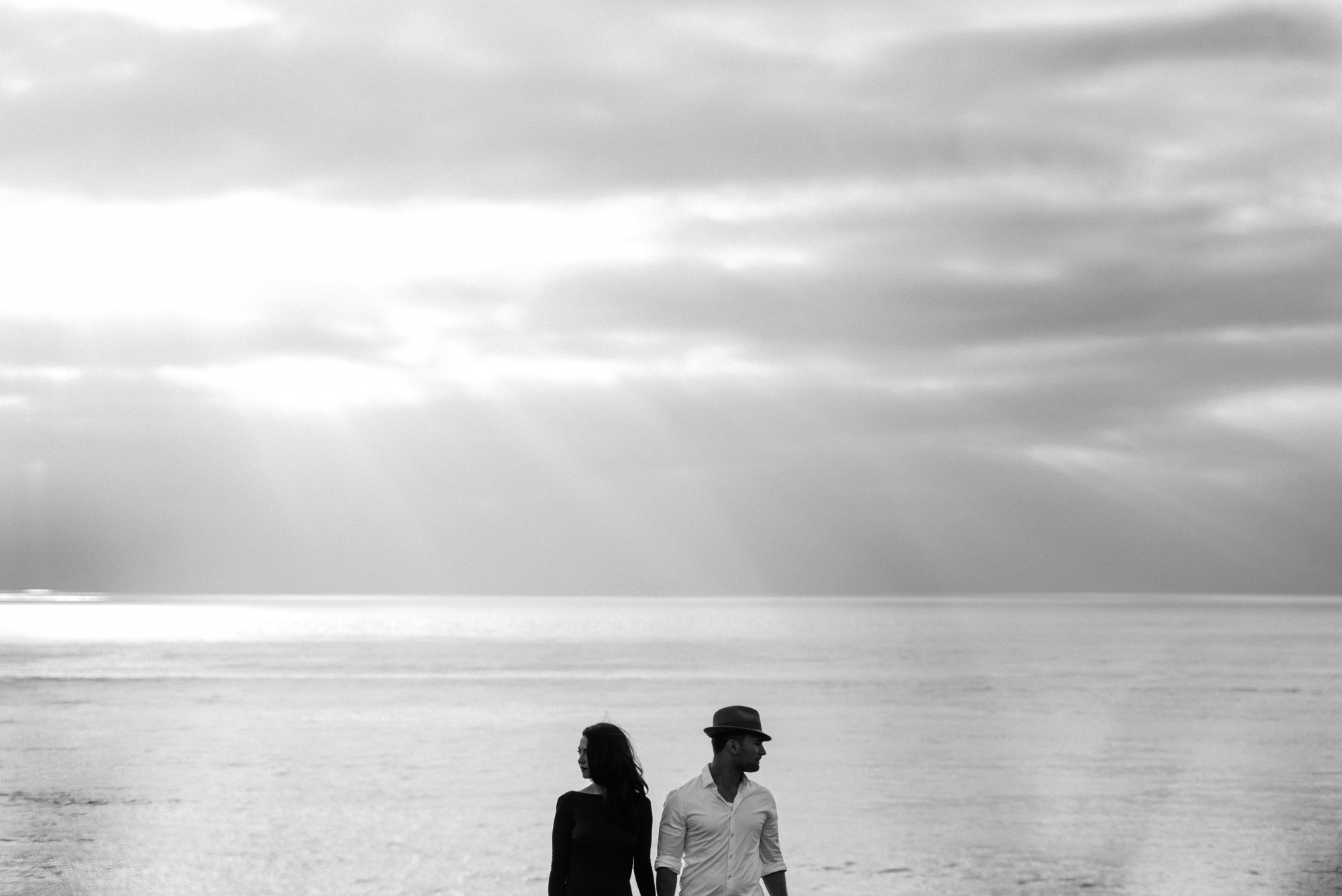 Isaiah & Taylor Photography - Los Angeles - Destination Wedding Photographers - San Diego Sunset Cliffs Beach Adventure Engagement-16.jpg