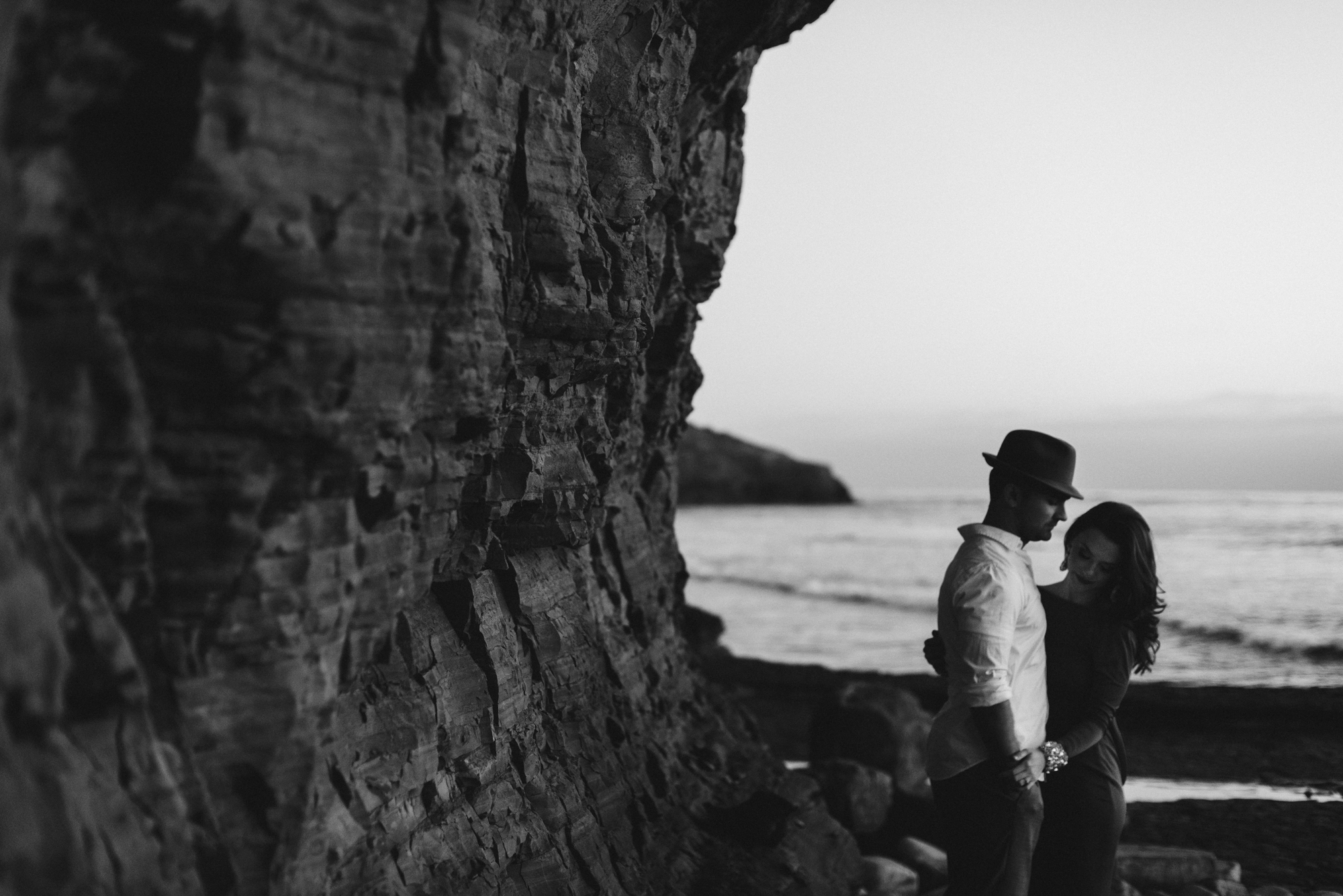 Isaiah & Taylor Photography - Los Angeles - Destination Wedding Photographers - San Diego Sunset Cliffs Beach Adventure Engagement-28.jpg