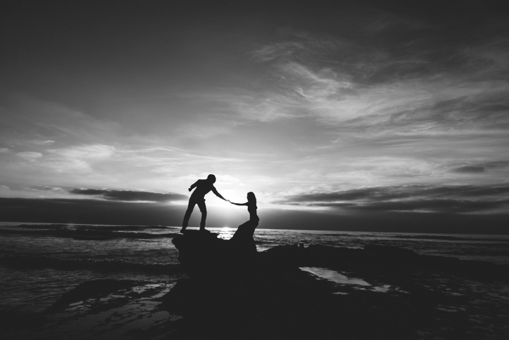 Isaiah & Taylor Photography - Los Angeles - Destination Wedding Photographers - San Diego Sunset Cliffs Beach Adventure Engagement-29.jpg