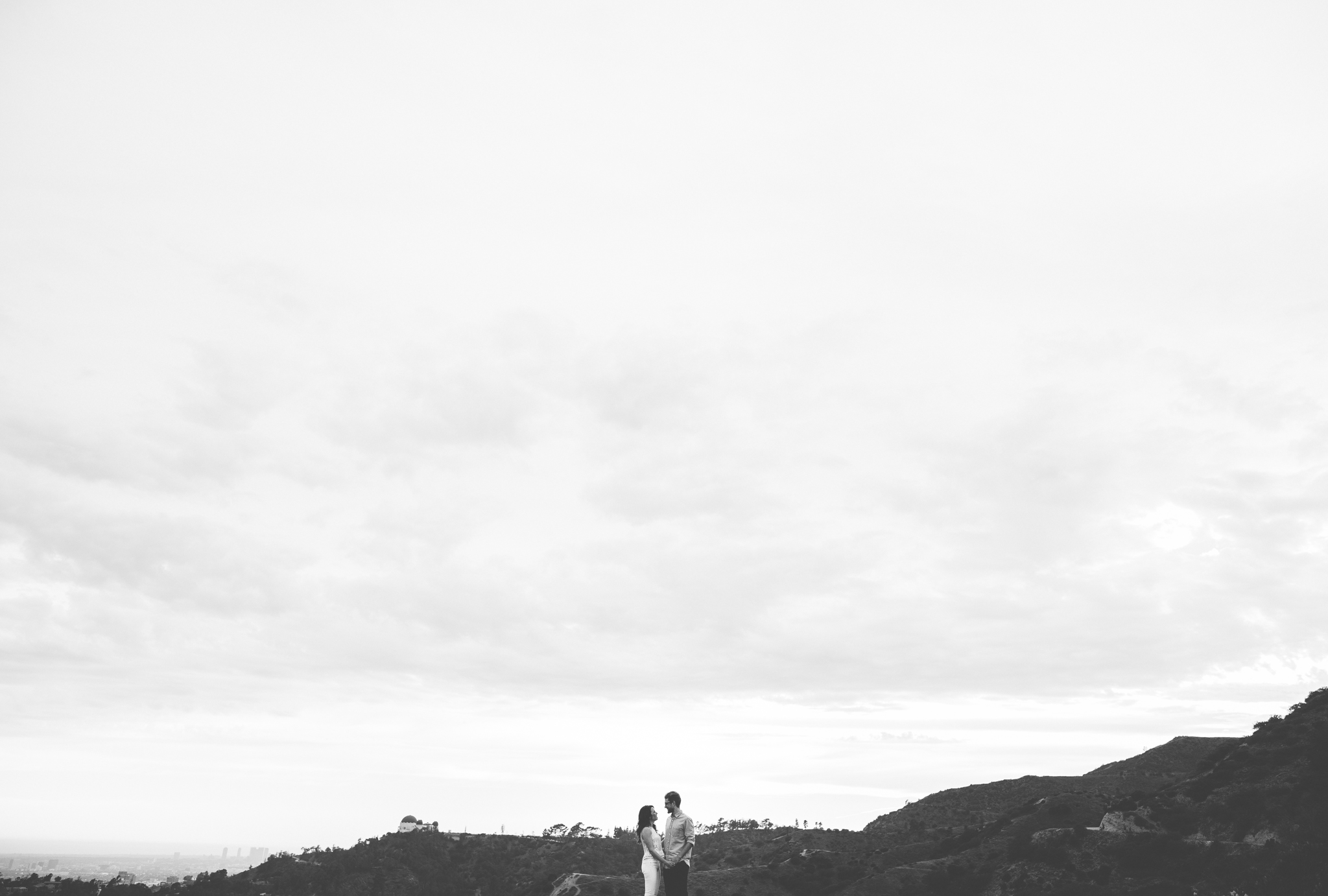 Isaiah & Taylor Photography - Los Angeles Landscape Sunset Engagement-13.jpg