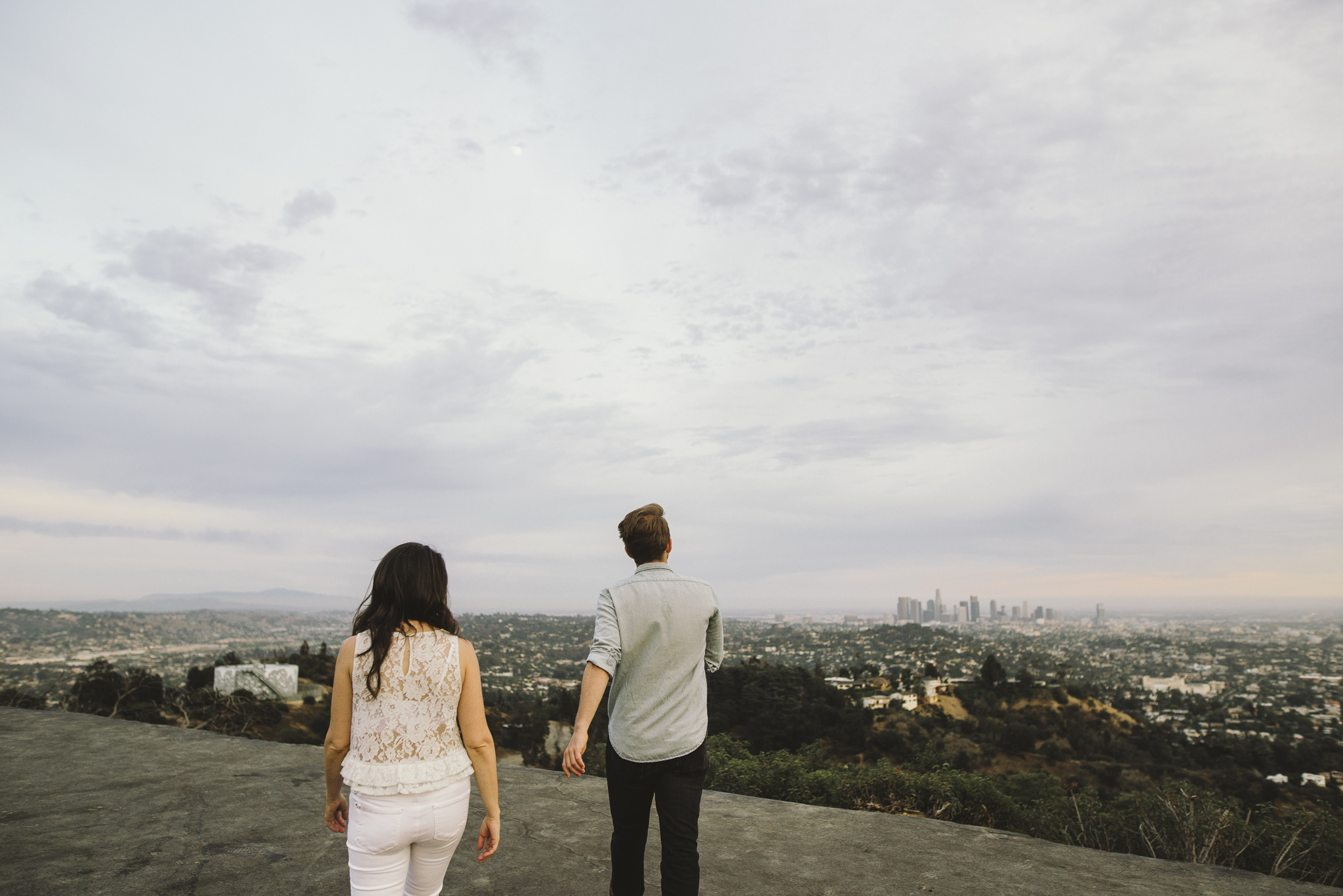Isaiah & Taylor Photography - Los Angeles Landscape Sunset Engagement-17.jpg