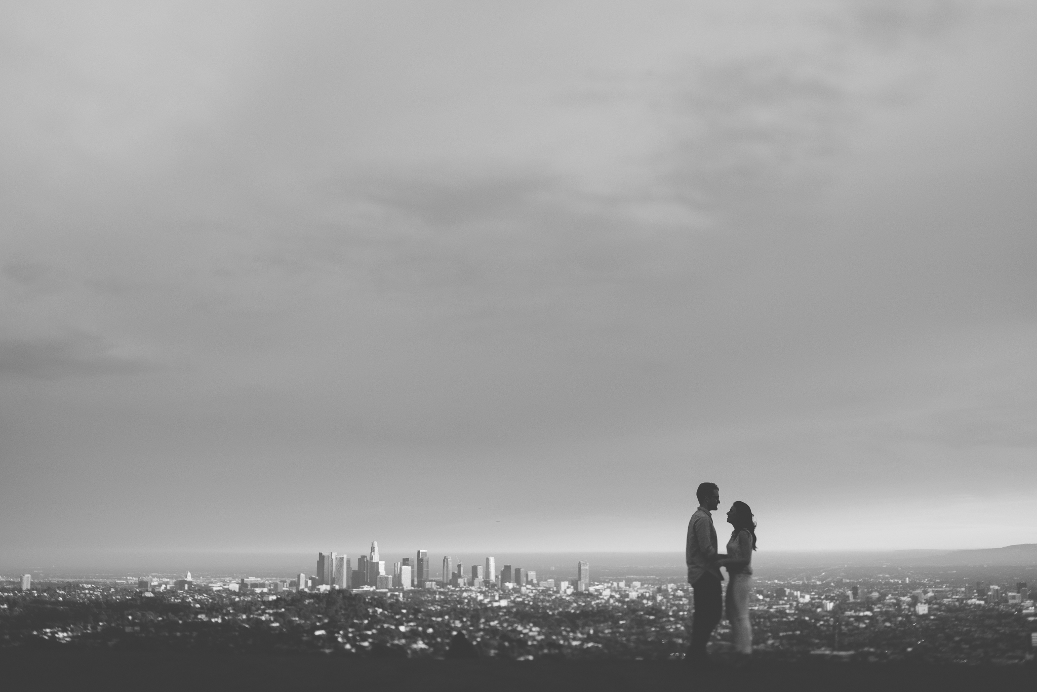 Isaiah & Taylor Photography - Los Angeles Landscape Sunset Engagement-23.jpg