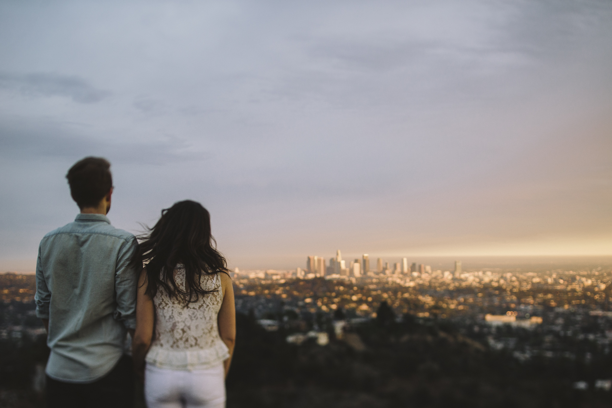 Isaiah & Taylor Photography - Los Angeles Landscape Sunset Engagement-26.jpg