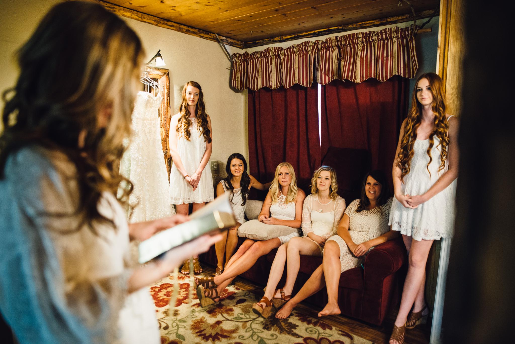 ©Isaiah & Taylor Photography - Pine Rose Cabin - Lake Arrowhead - Los Angeles Wedding Photographer-015.jpg